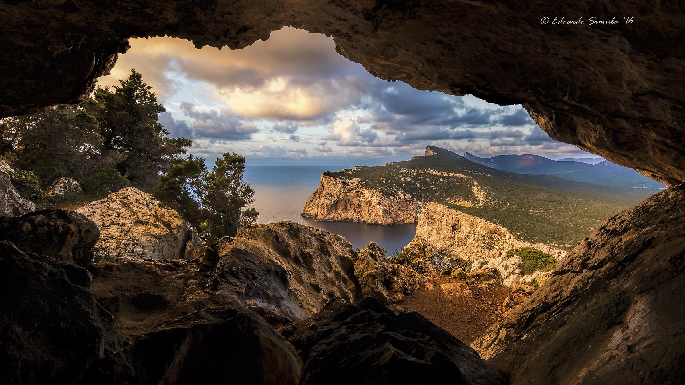Cave of broken pots - Capo Caccia...