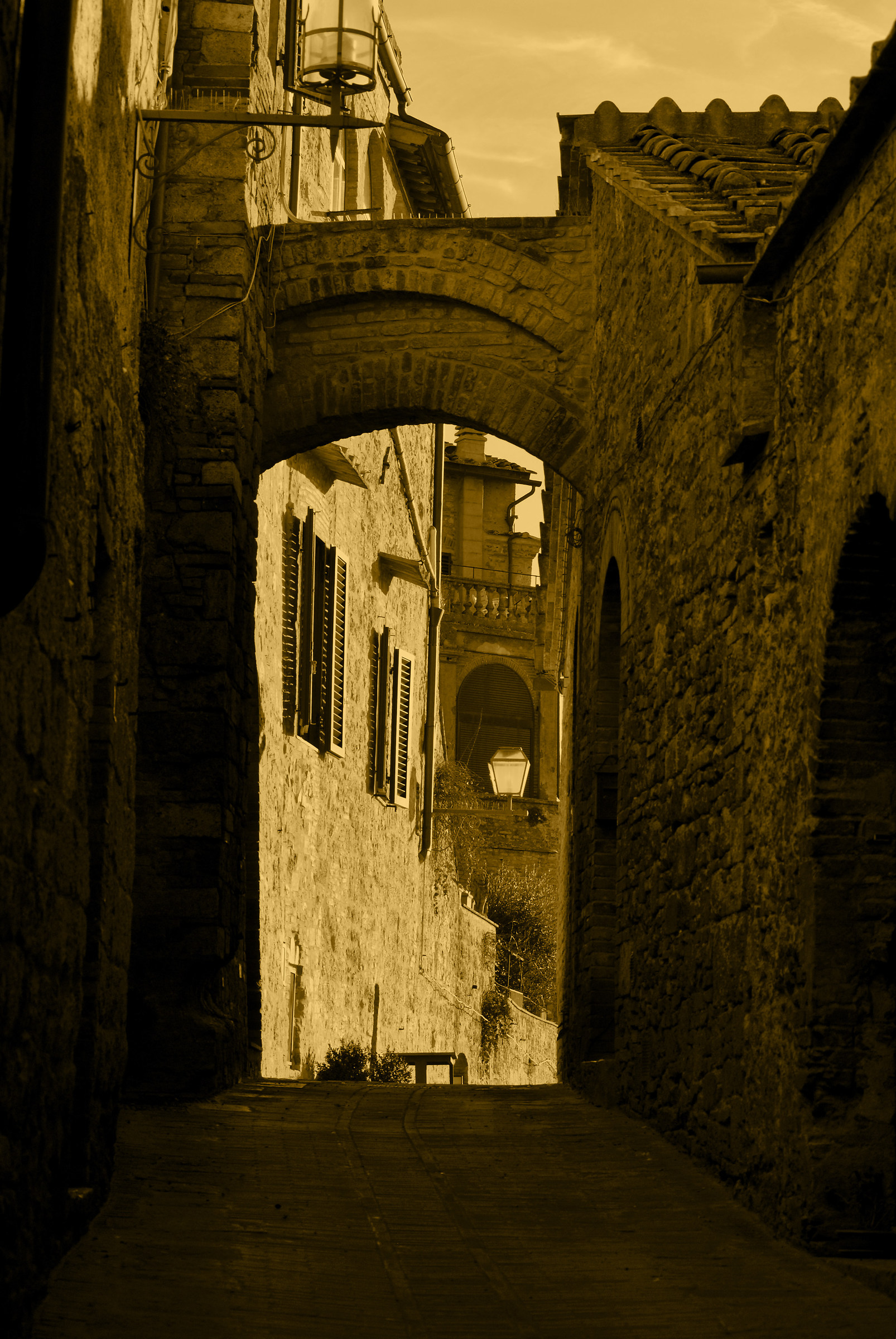 Peering through the streets of San Gimignano...
