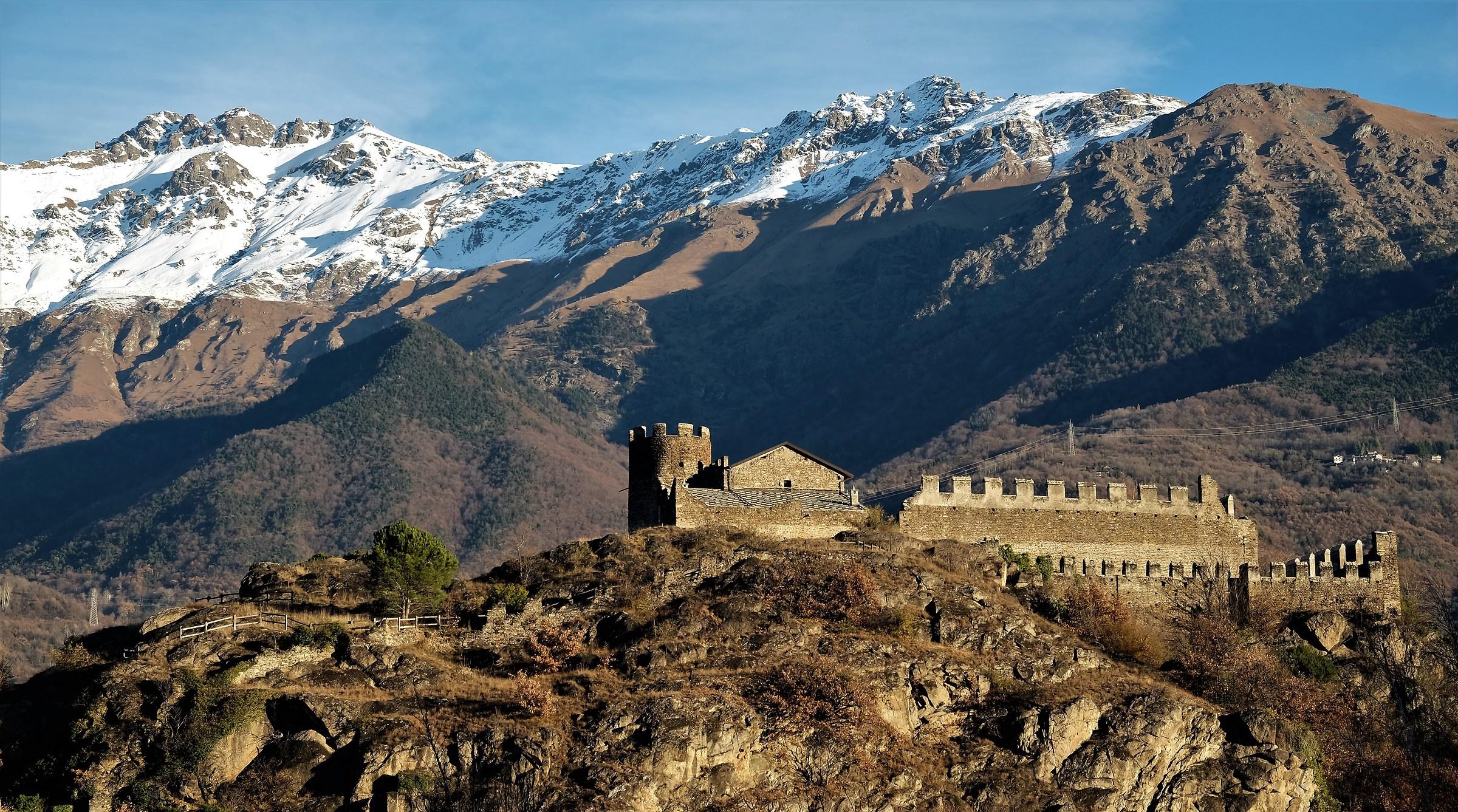 ruins of the castle of S.Giorio...