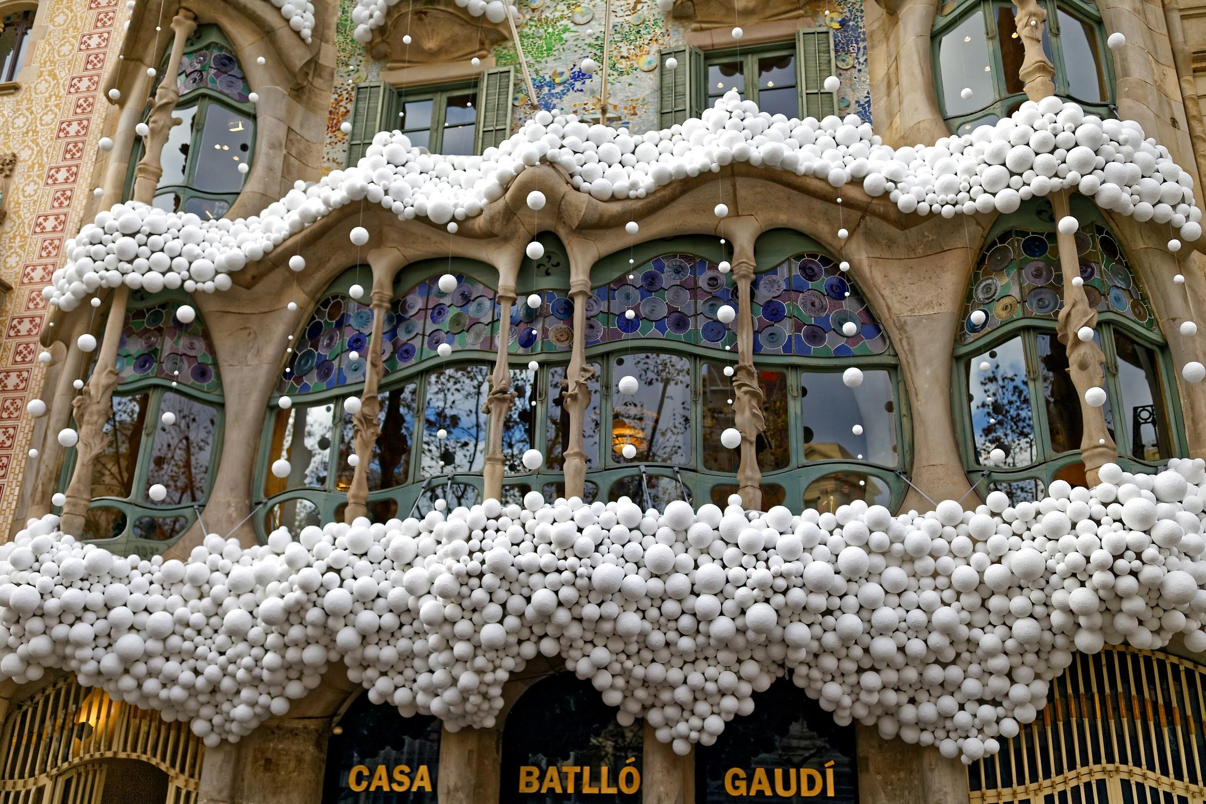 Viva Barcellona (Casa Batllò)...