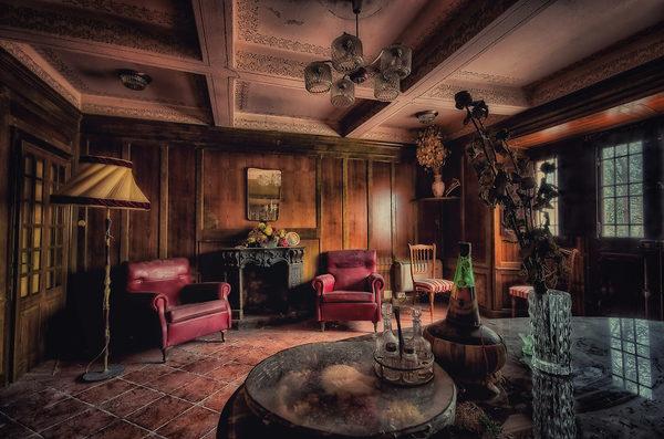 la villa abbandonata del cavaliere juzaphoto. Black Bedroom Furniture Sets. Home Design Ideas