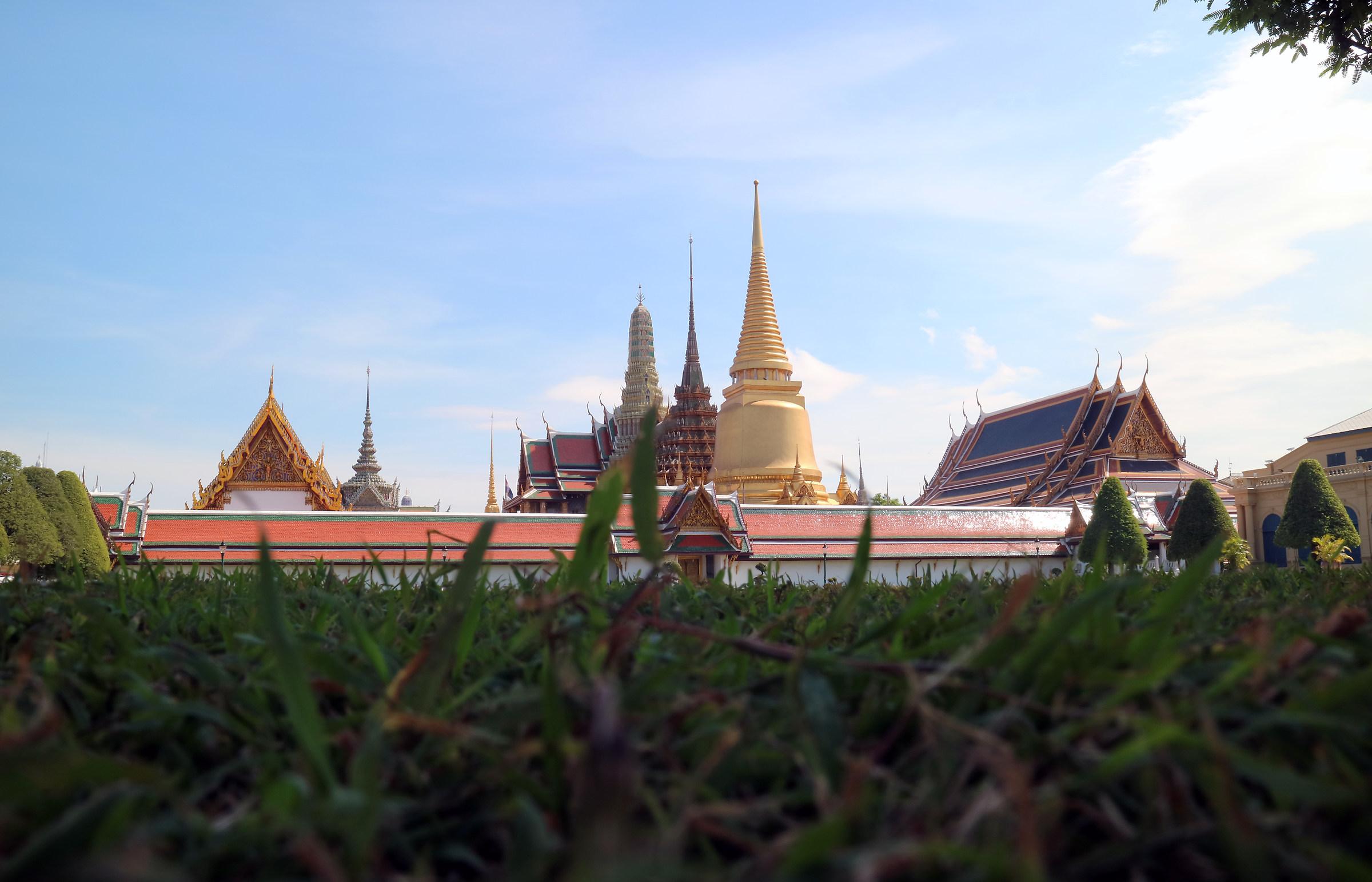 great palace !...