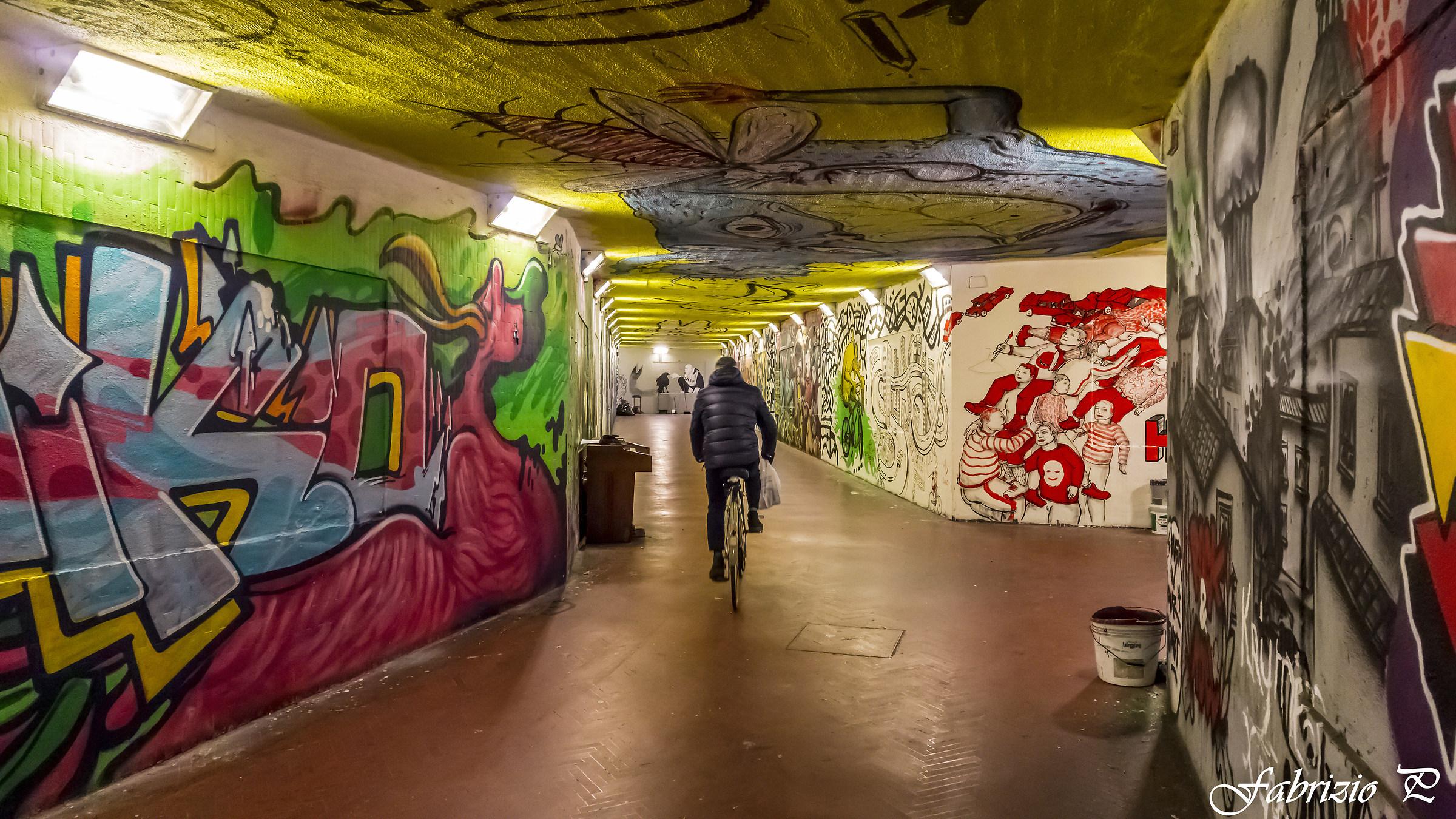 A race between the graffiti .......