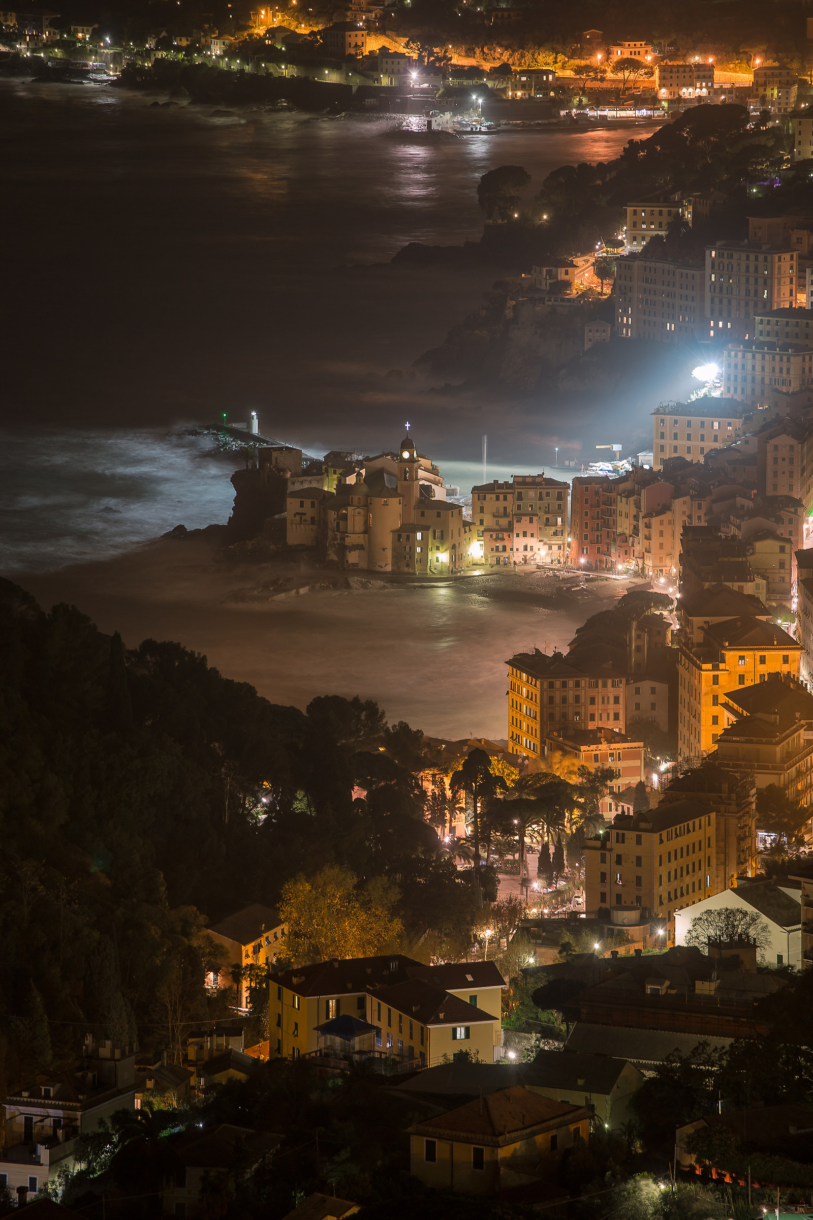 A little sea in Camogli by night...
