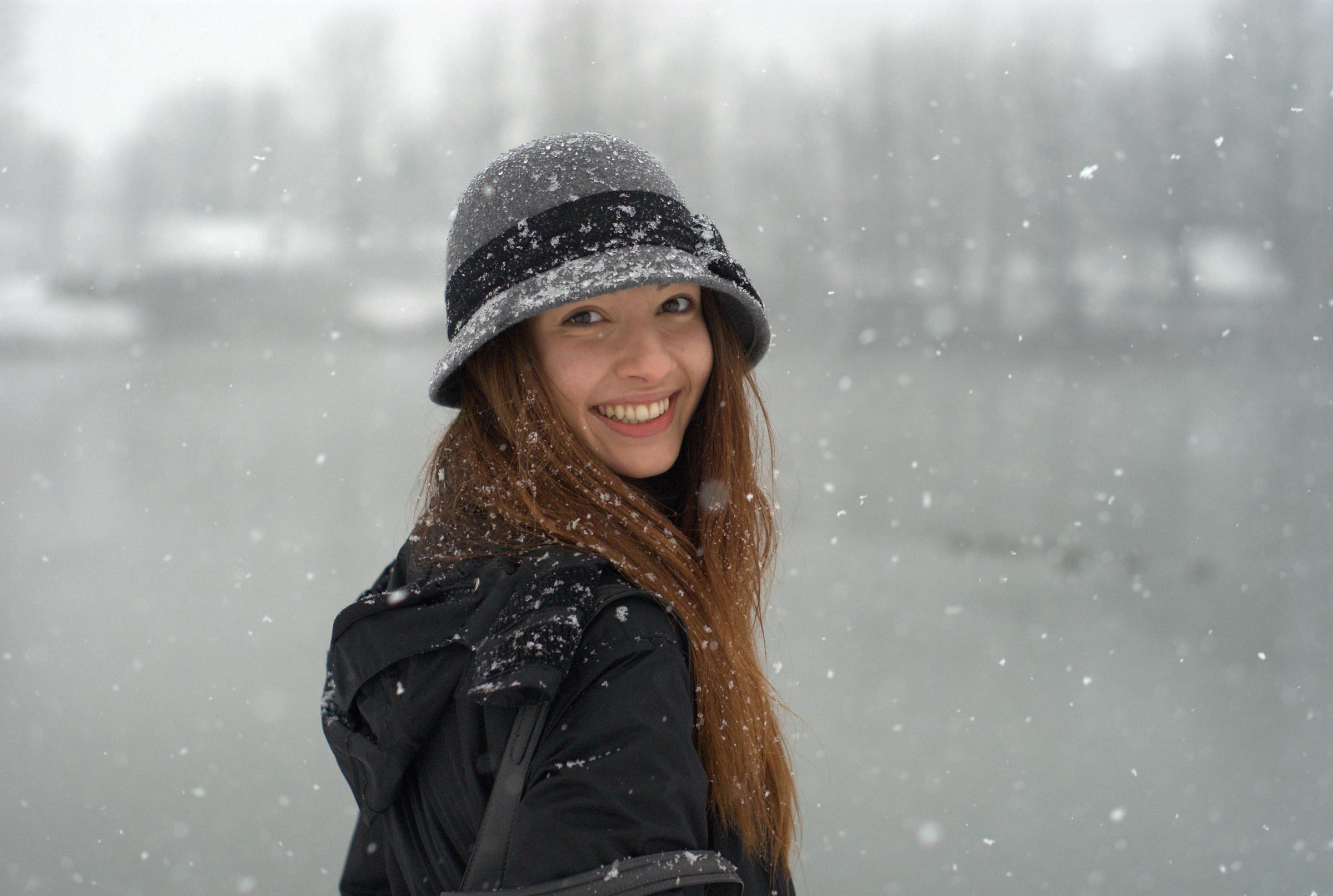 It's snowing!...