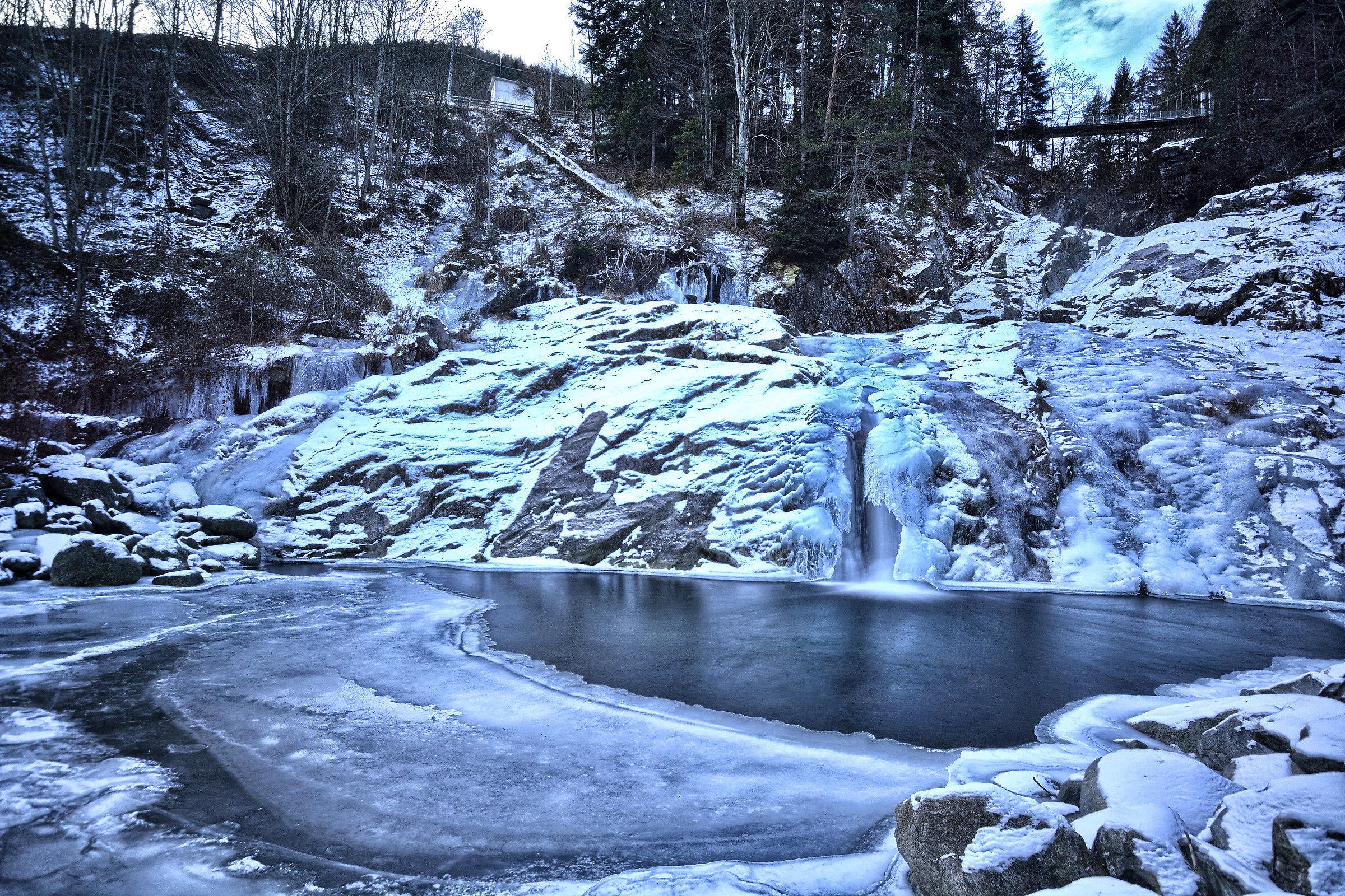 Cascata d'inverno.......