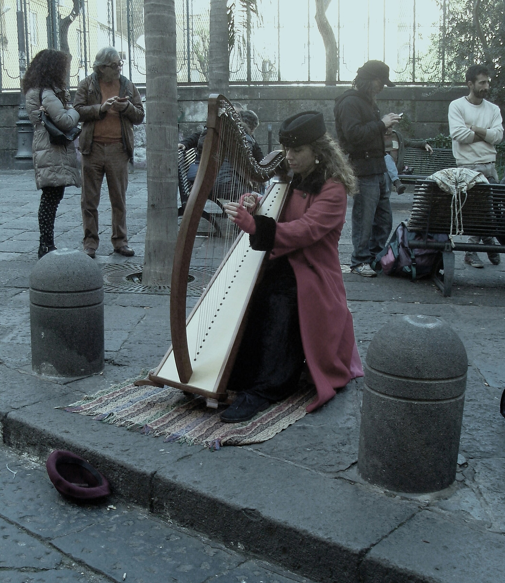 Buskers...