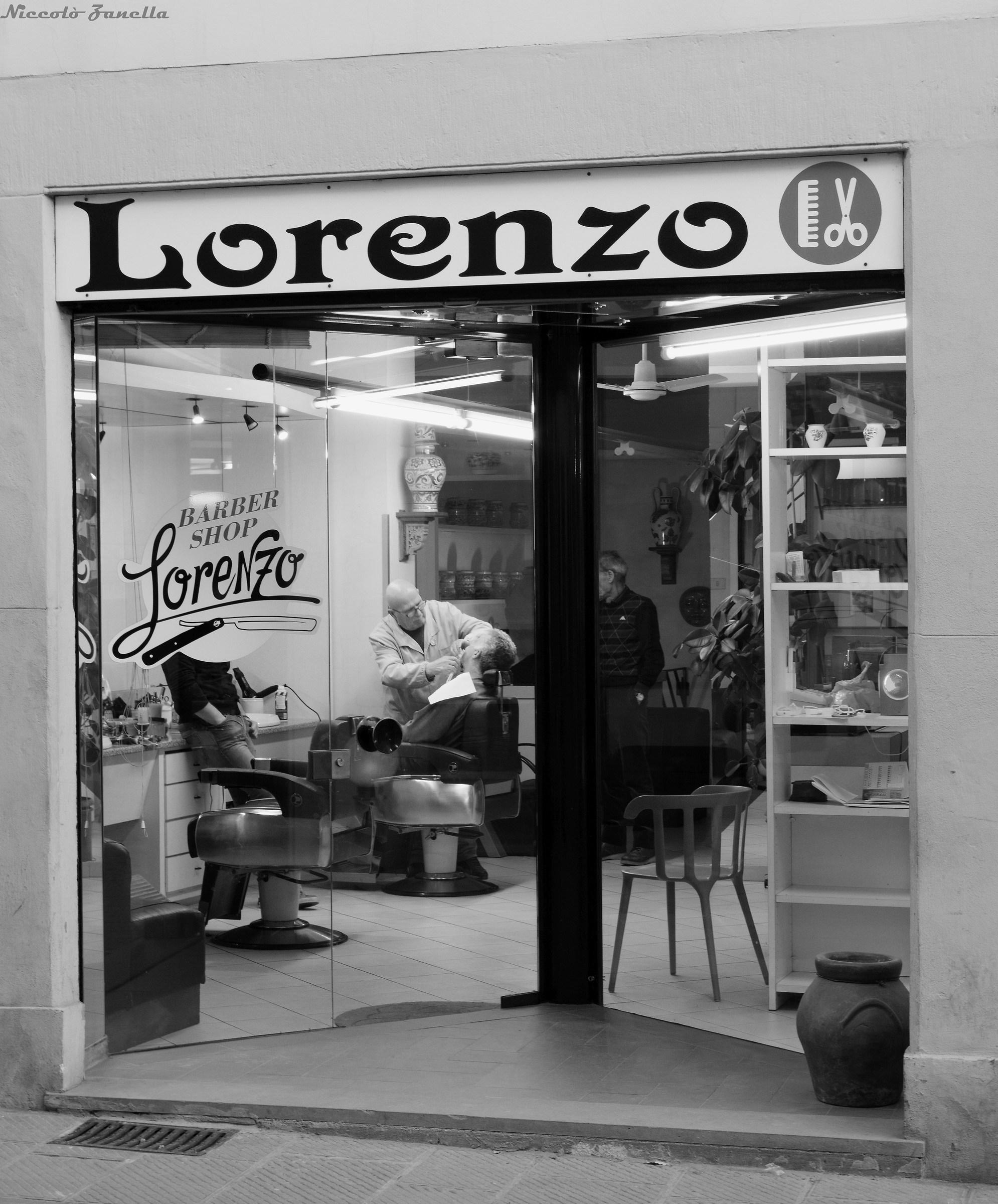 Lorenzo Barber Shop...