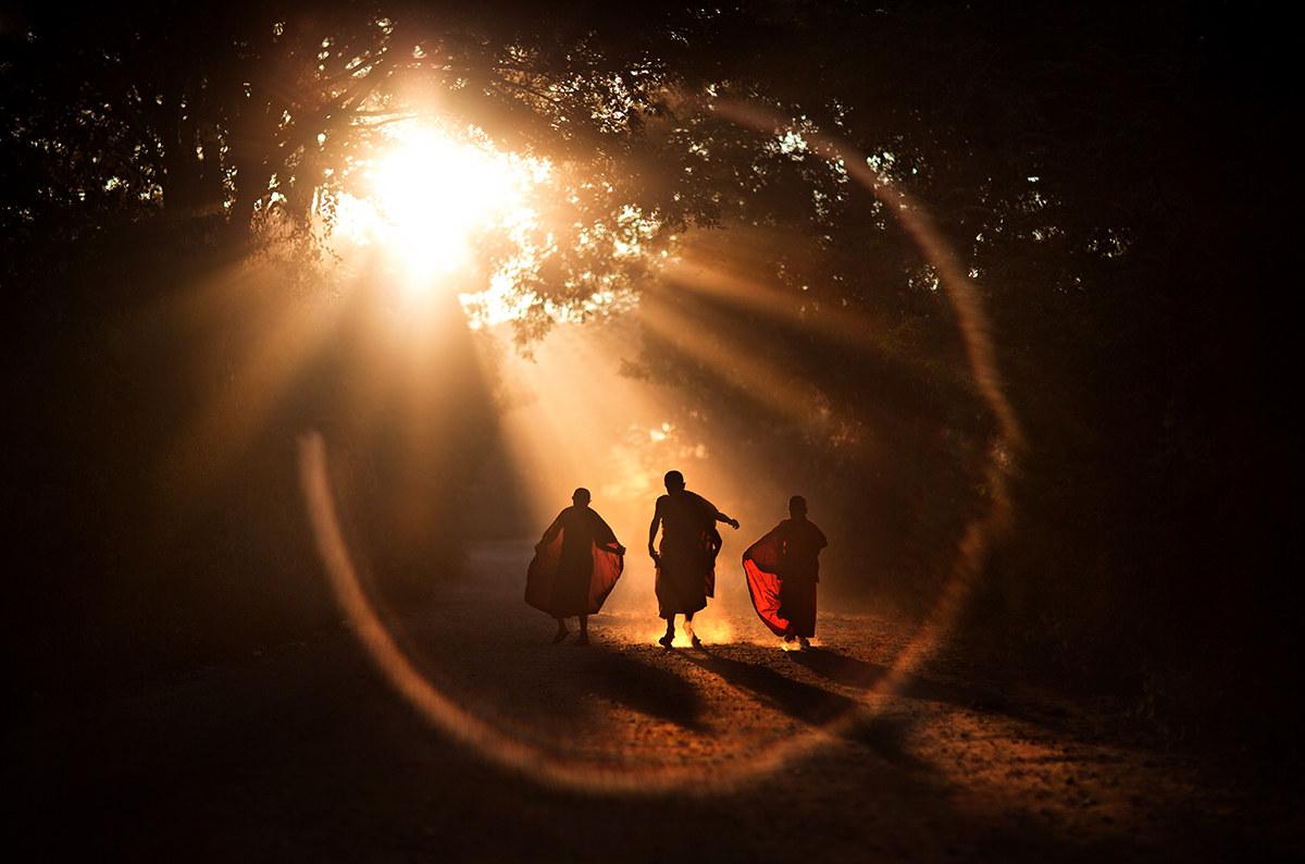 magic flare, Burma 2017...