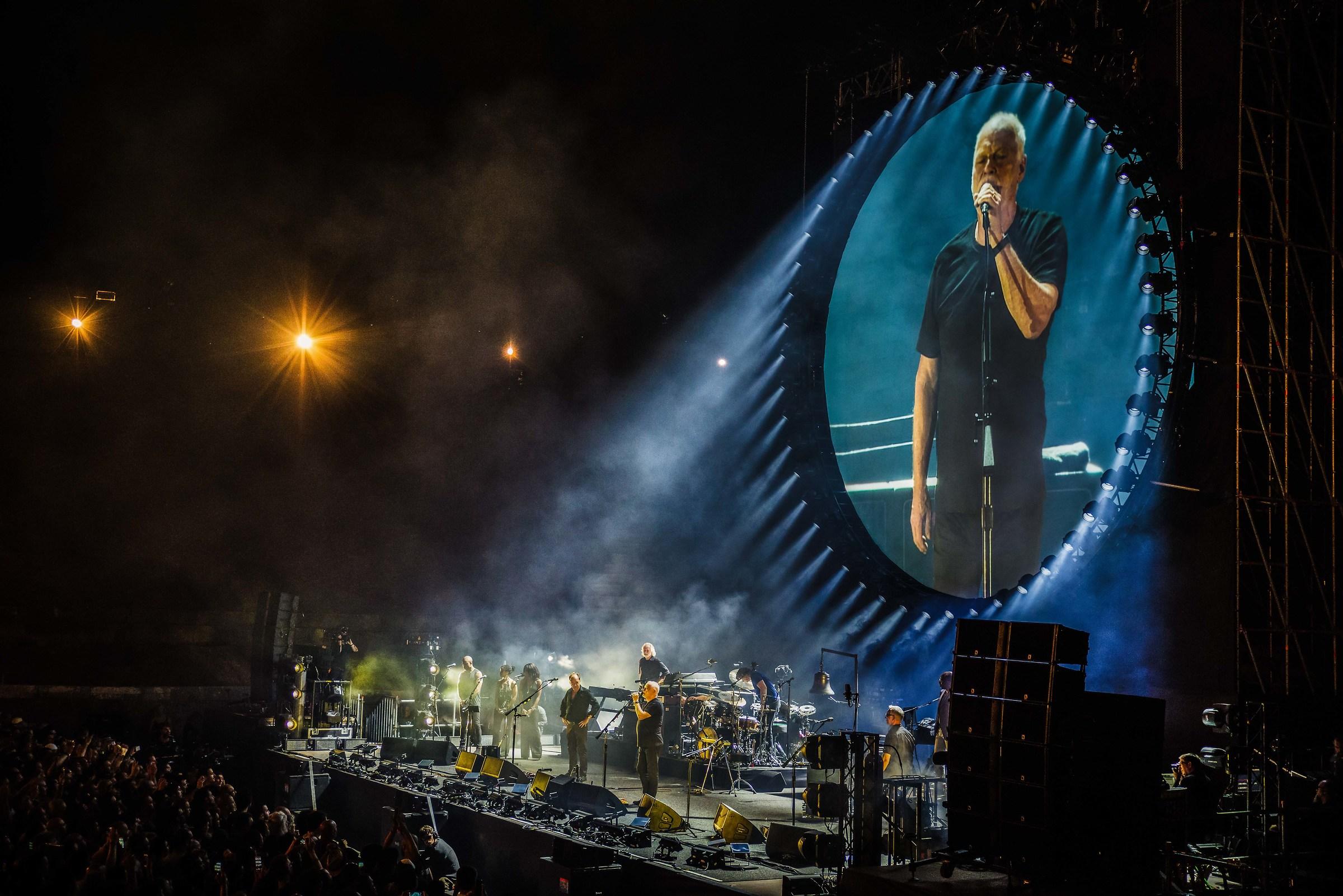 Gilmour in Pompeii...