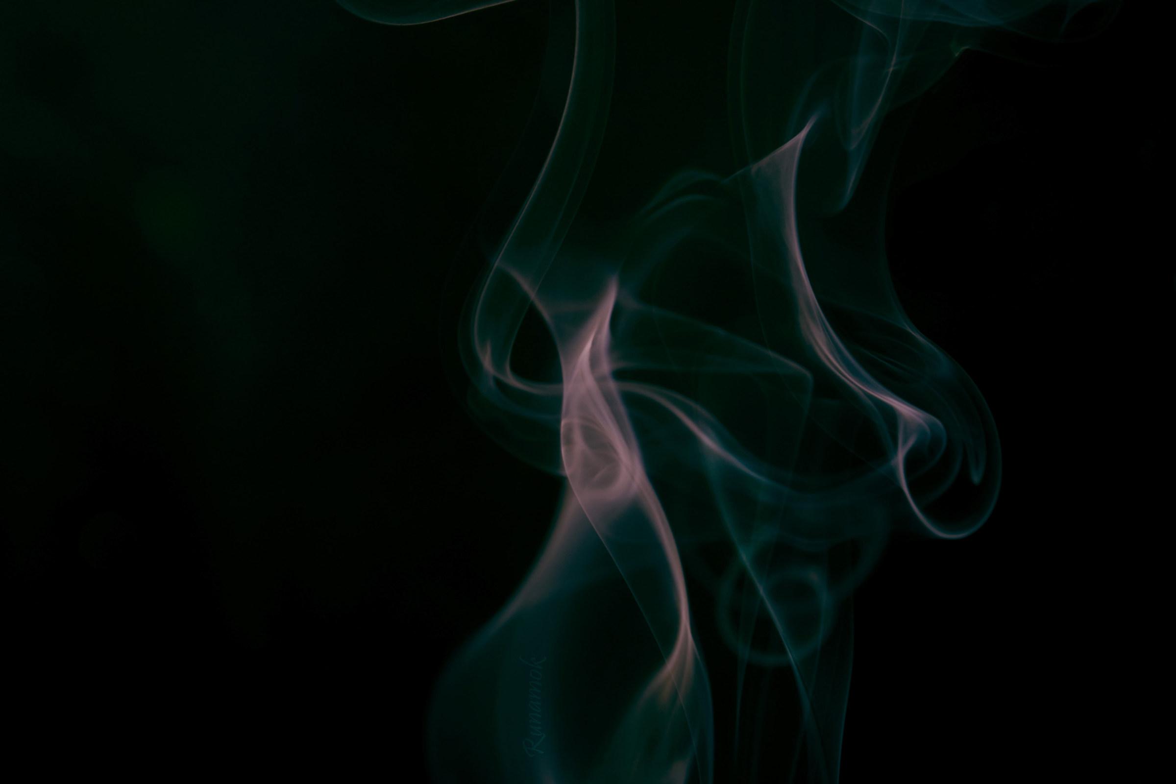 Smoke in treble clef...