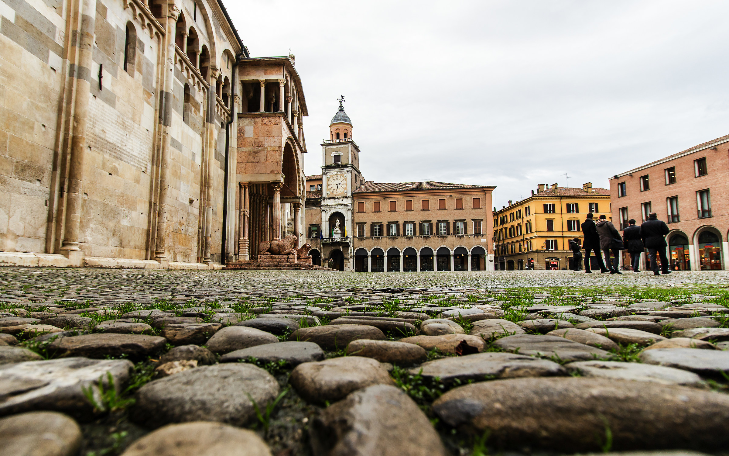 Modena - Piazza Grande...