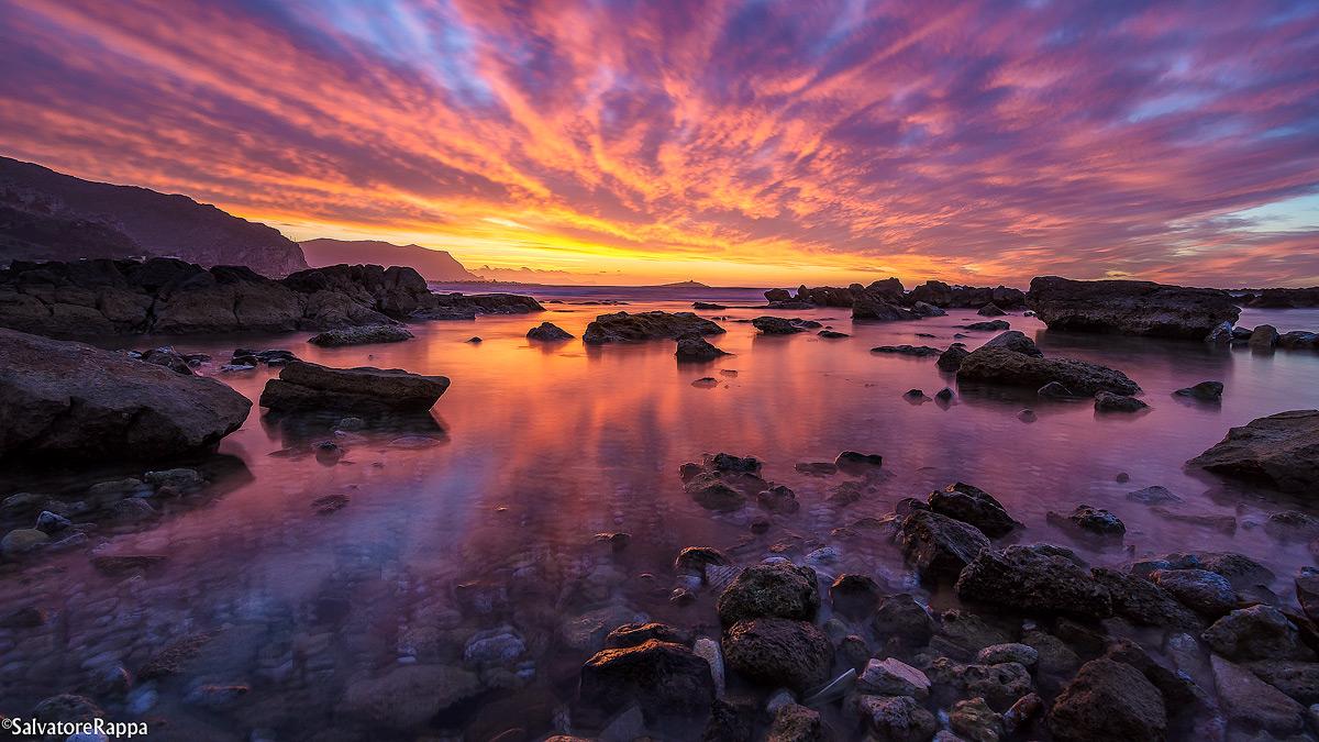 Divine colors ......