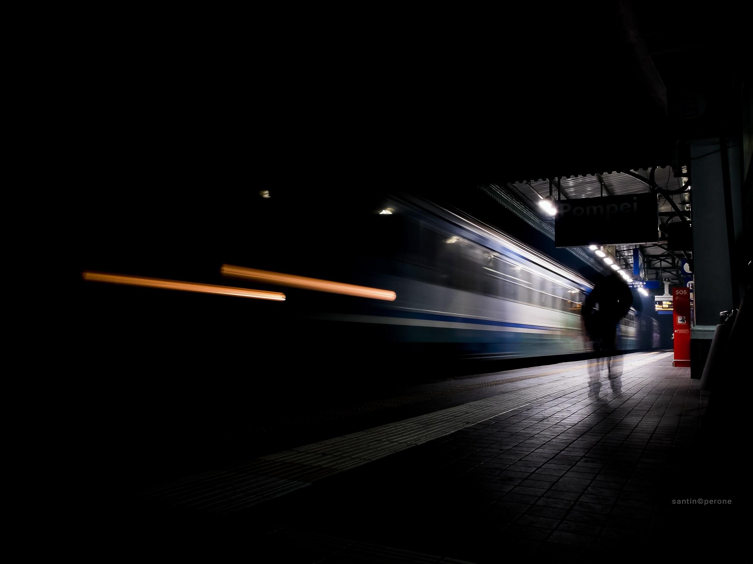 Goast train...