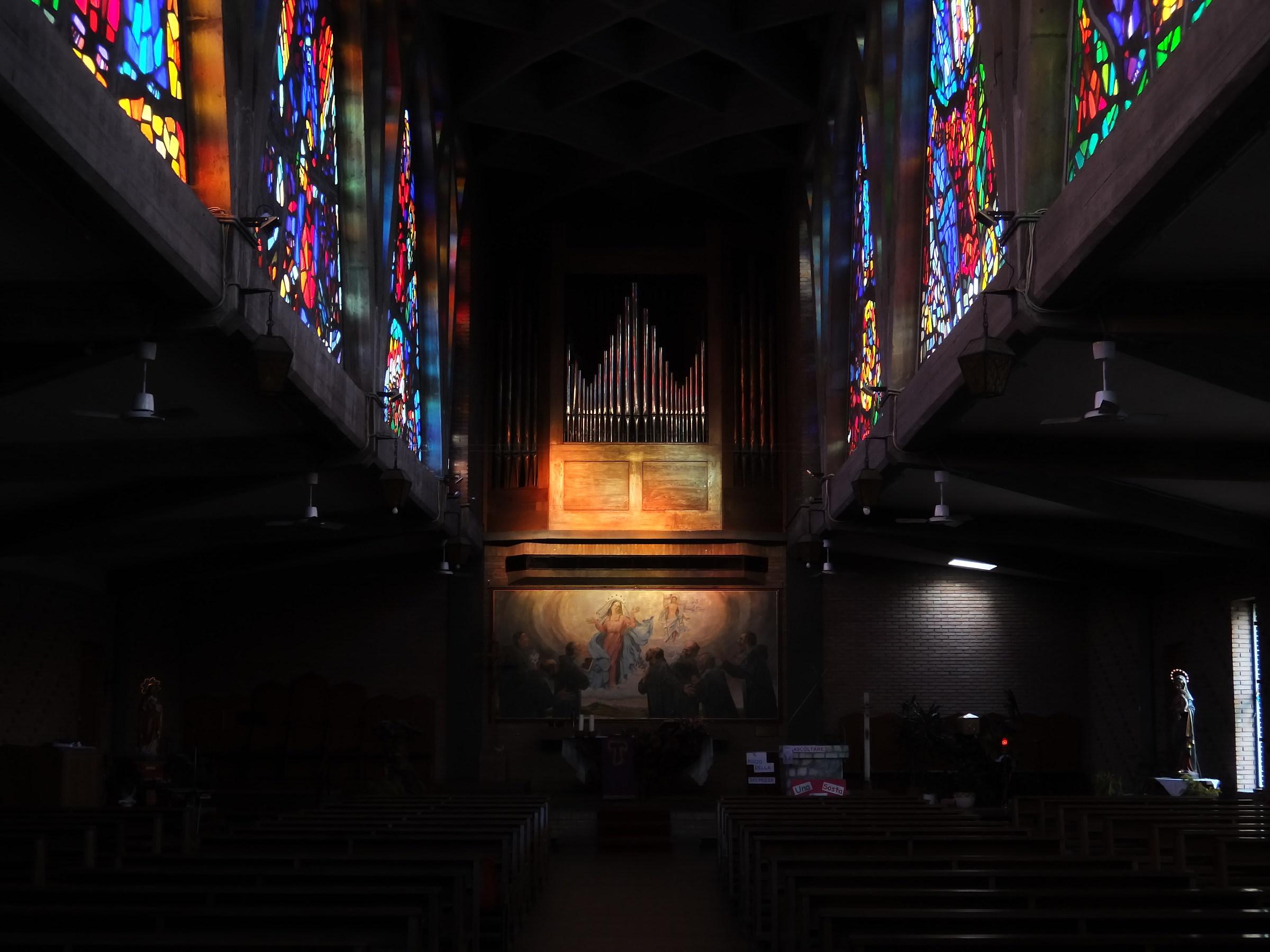 Chiesa_interni_AN_02...