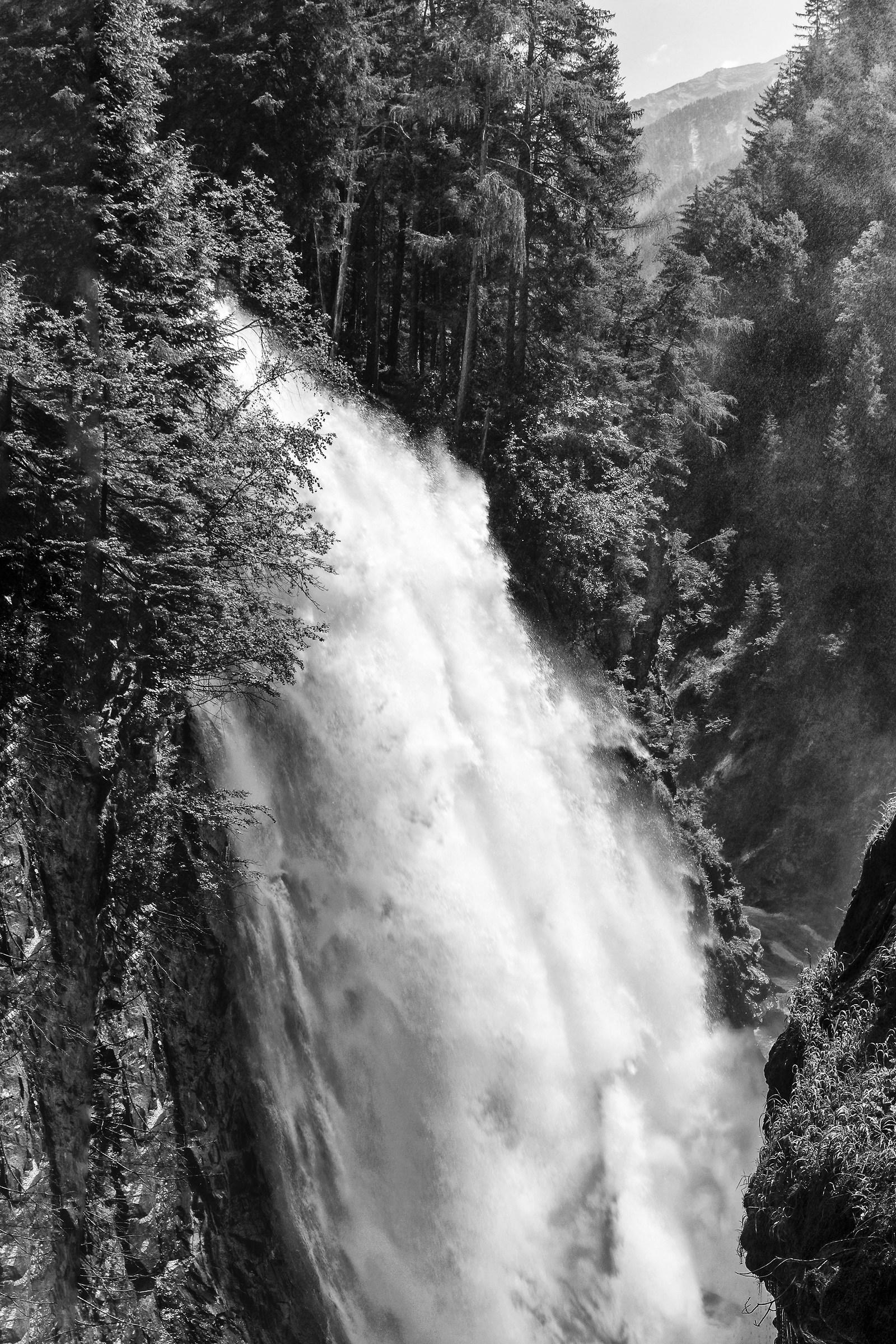 Waterfall 3 Rein...