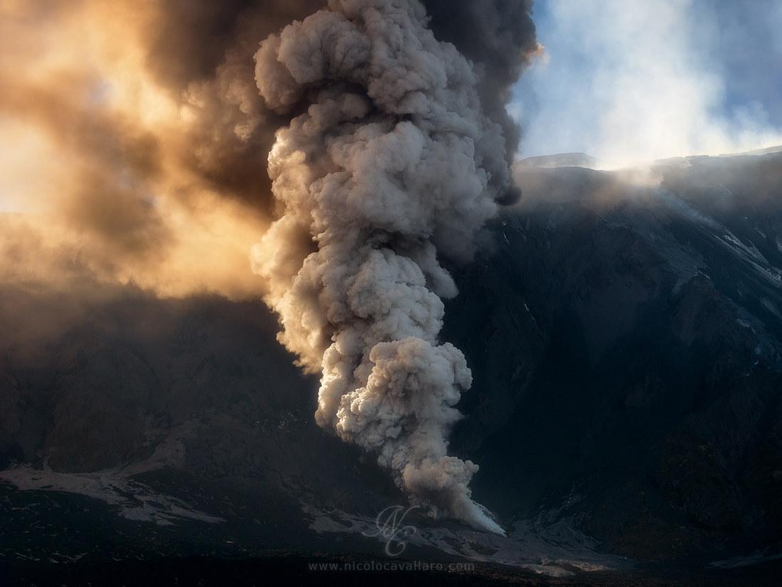 Etna - Contact...