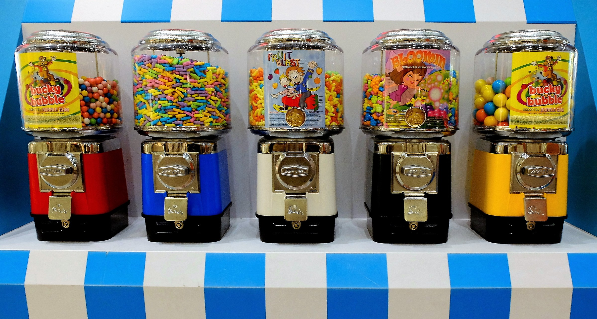 Distributori di caramelle...
