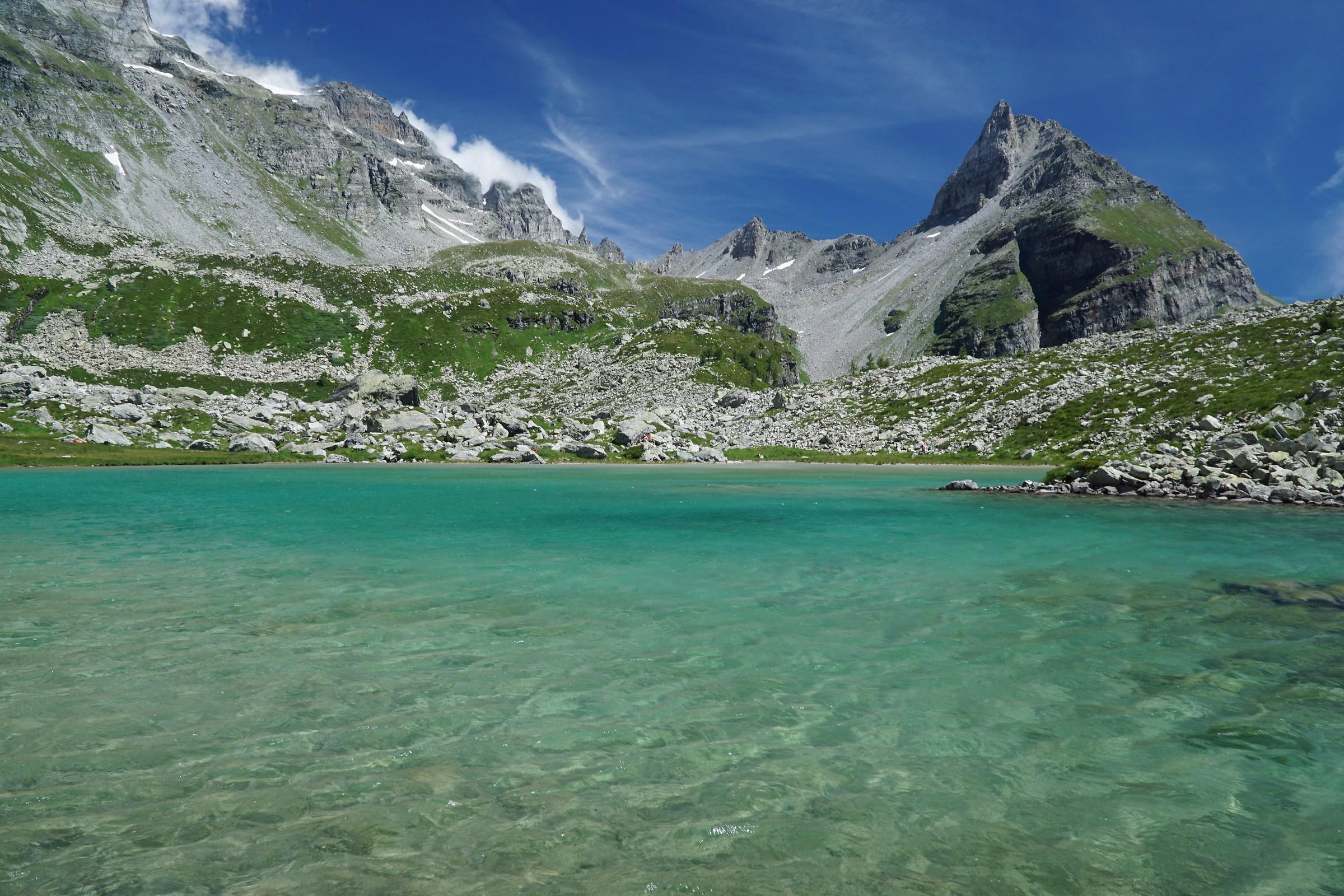 Lago bianco all ' alpe Veglia...
