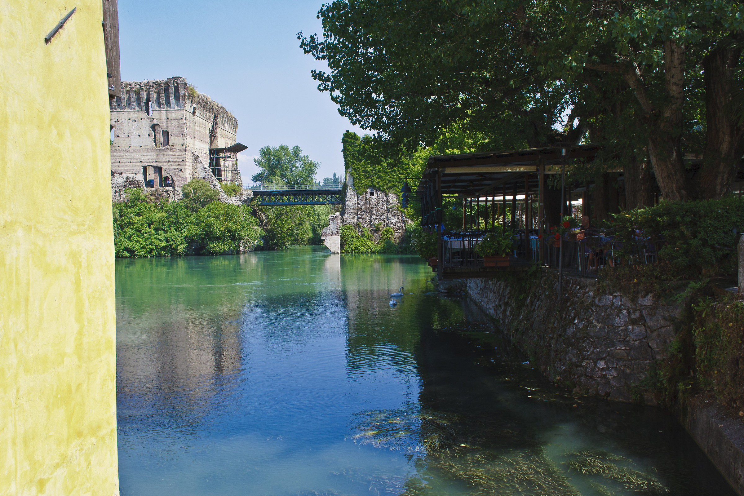 Borghetto - The river Mincio...