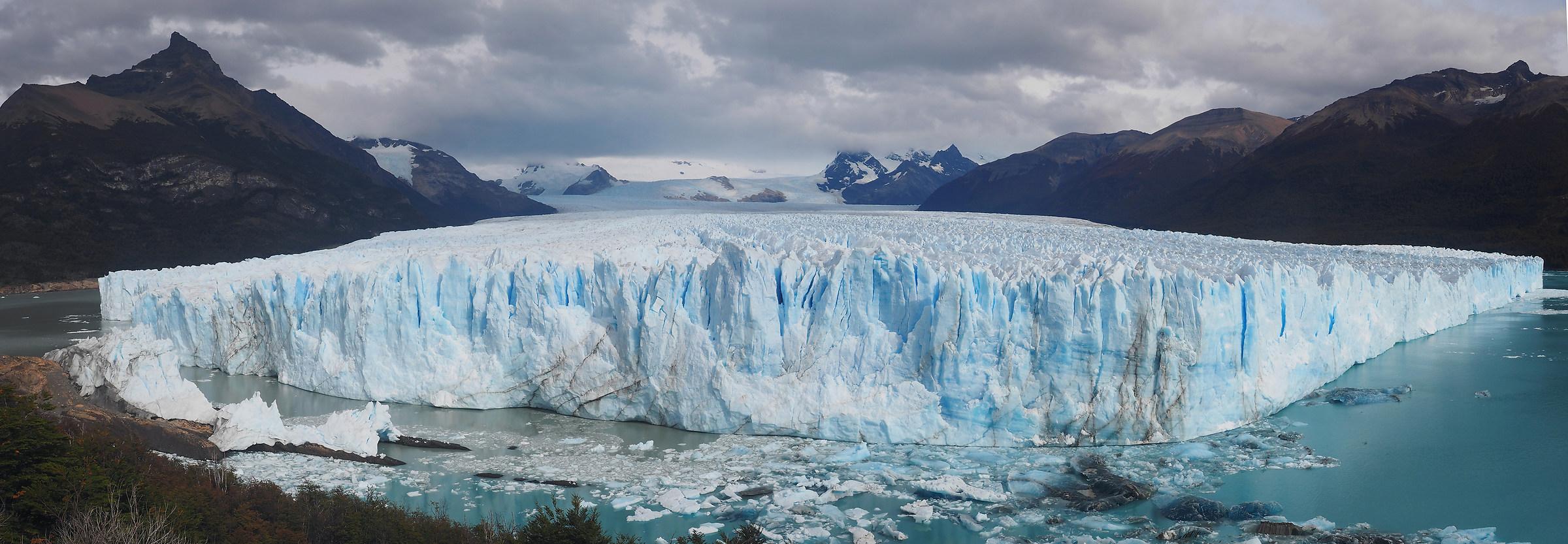 Perito Moreno. Overview...