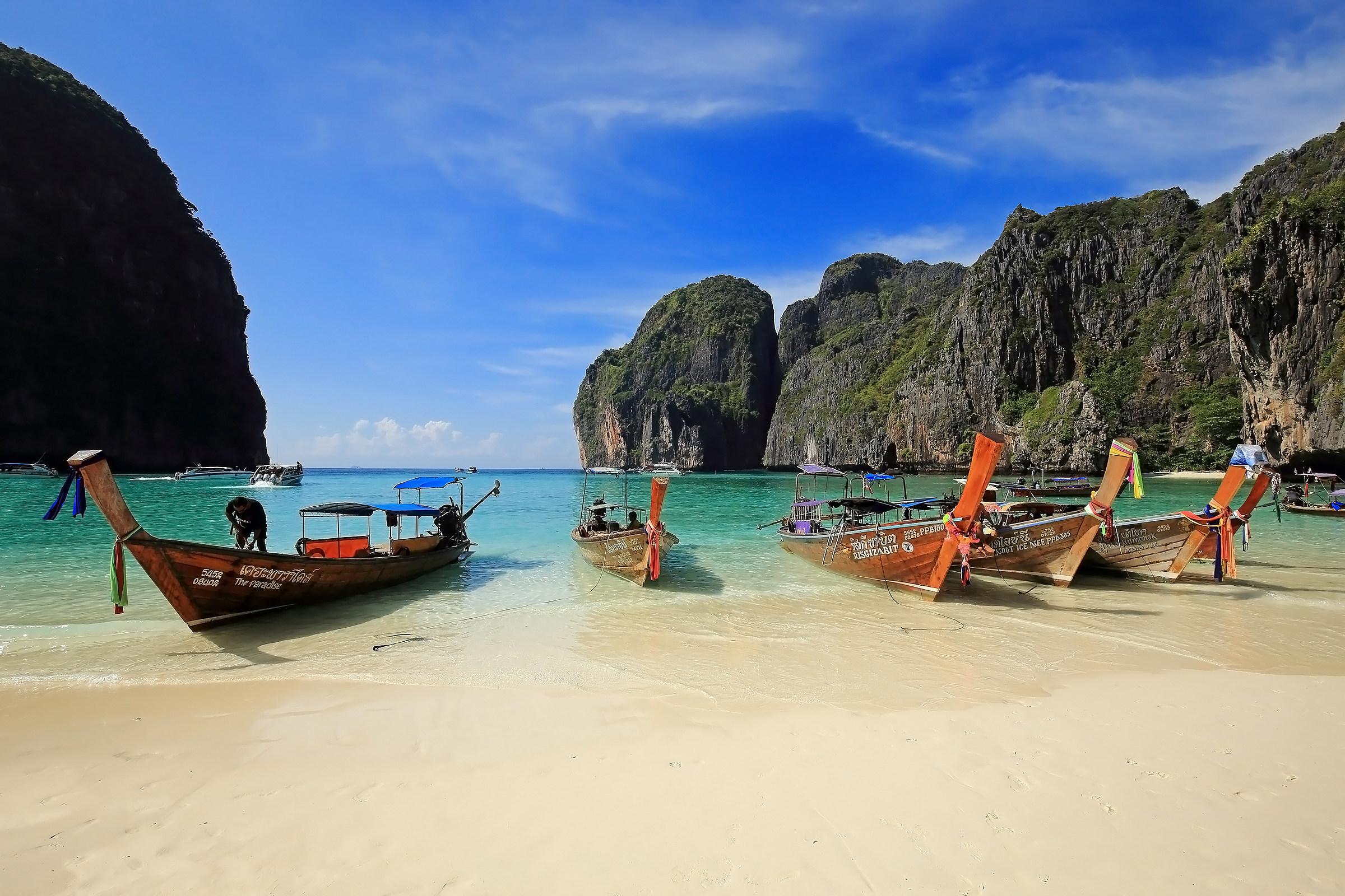 Maya Bay @ Ko Phi Phi Leh...