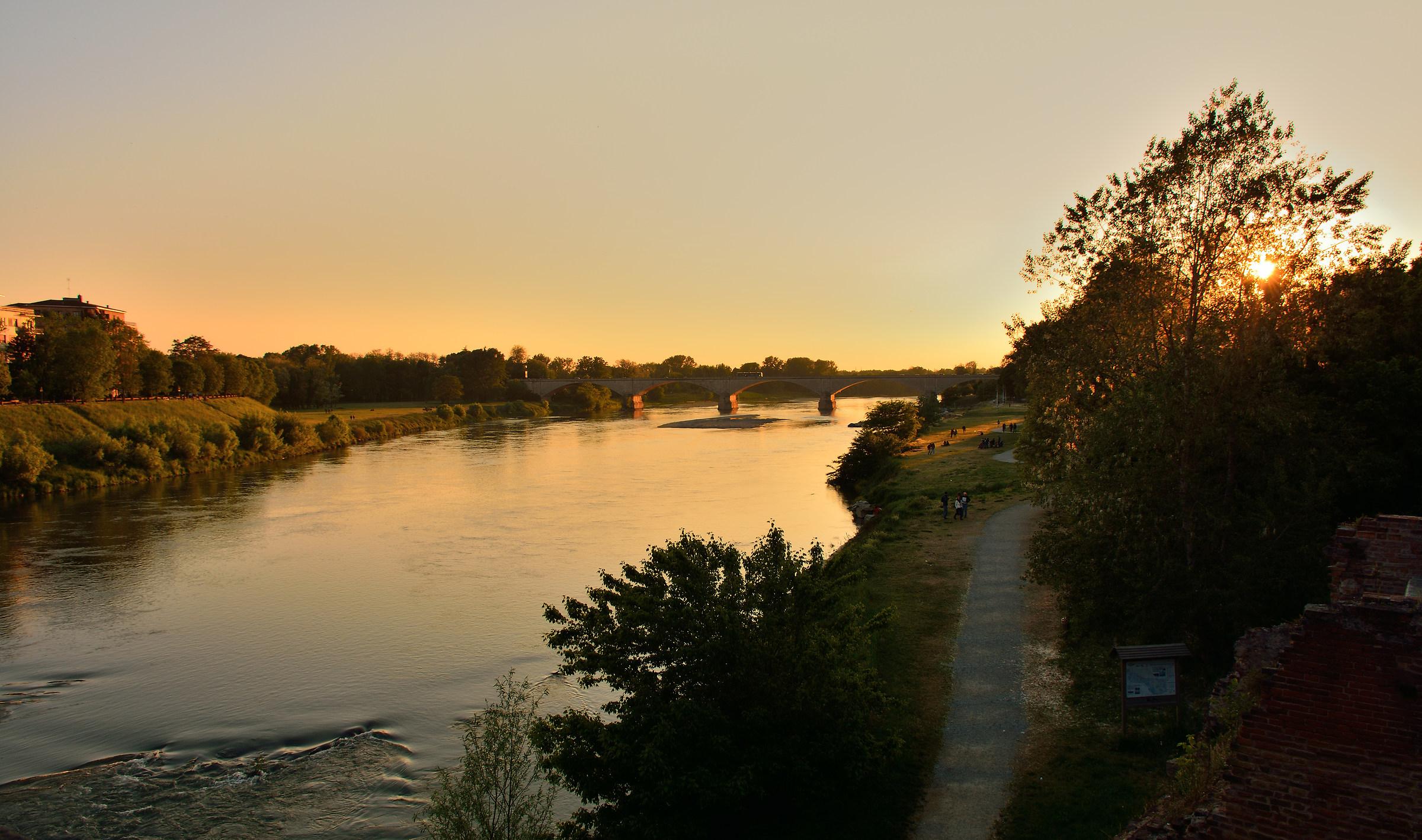 Ponte pavese al tramonto...