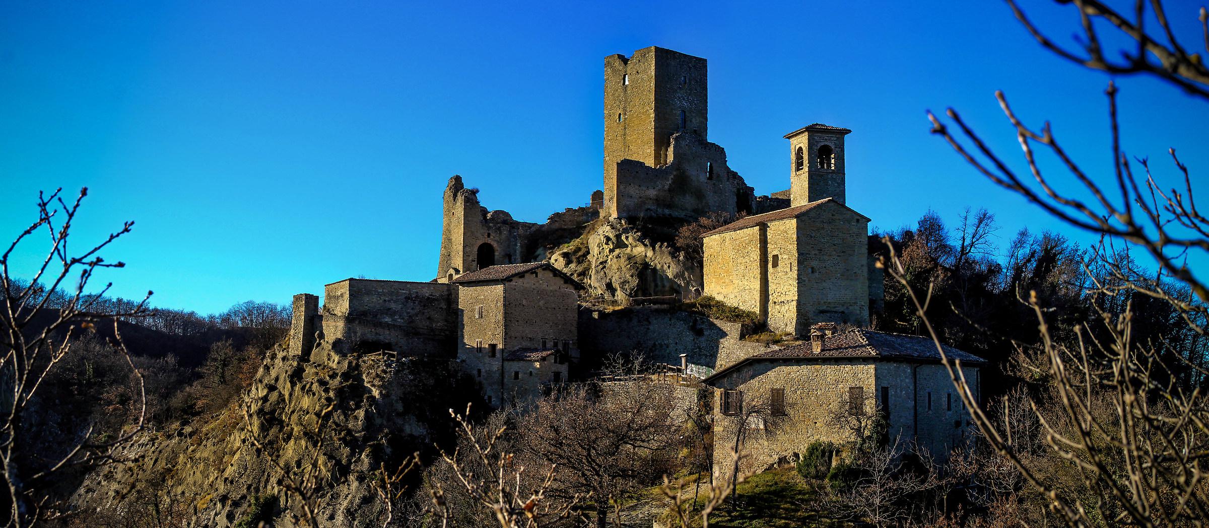 Castle of Carpineti...