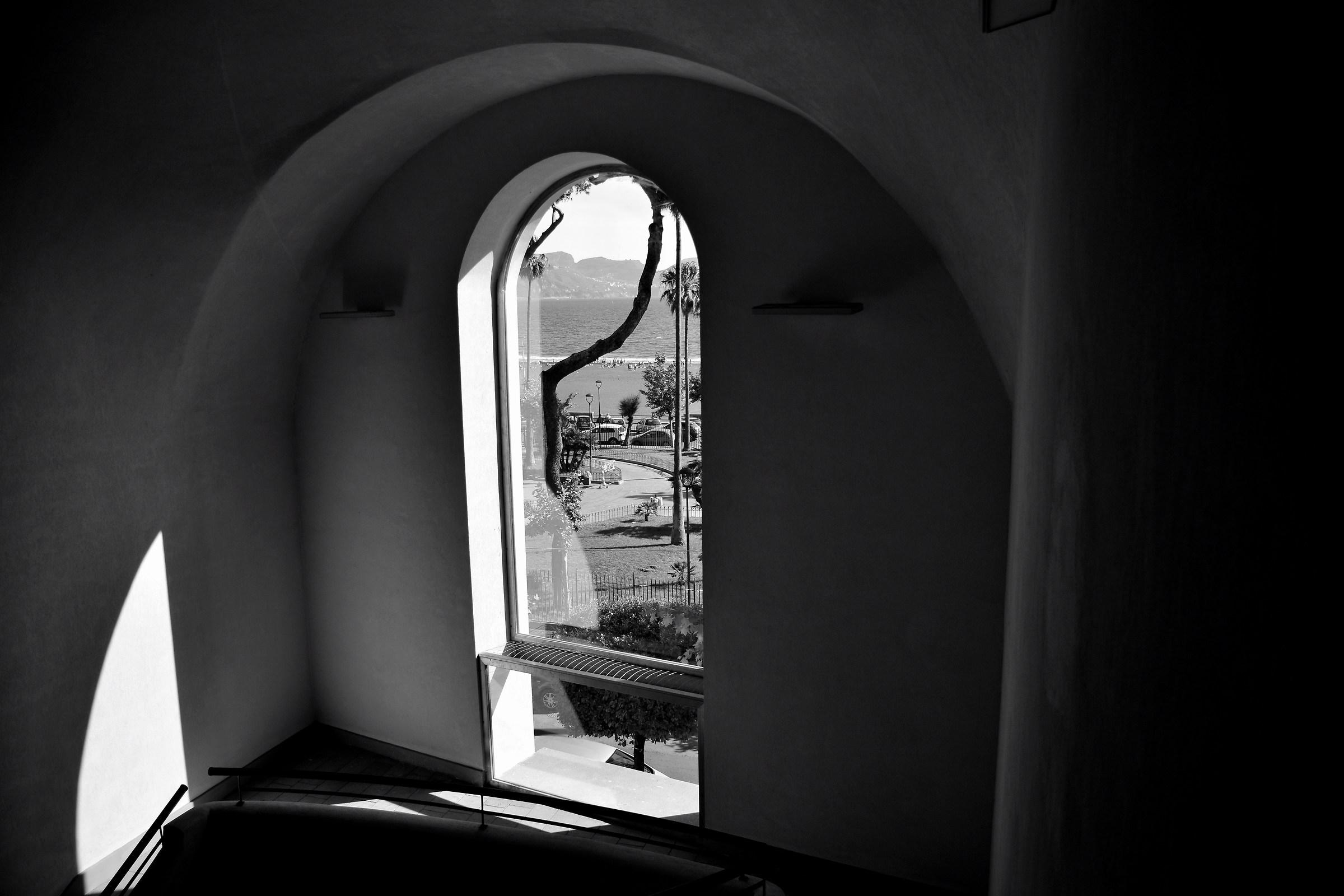 Sealight Window...