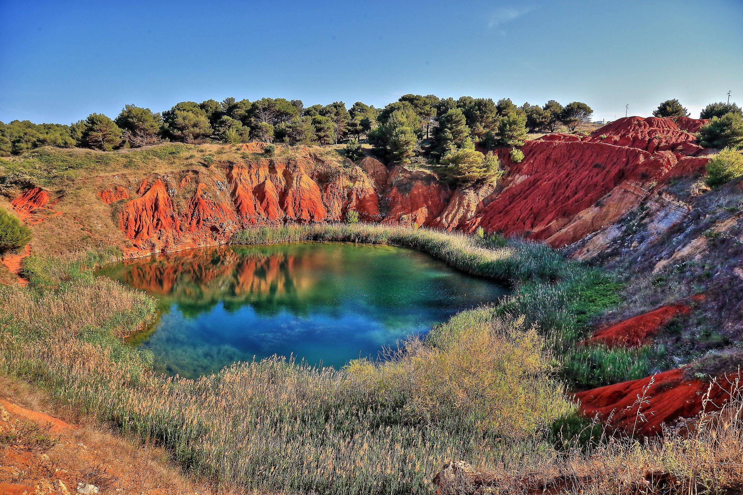 Bauxite ottawa quarry...