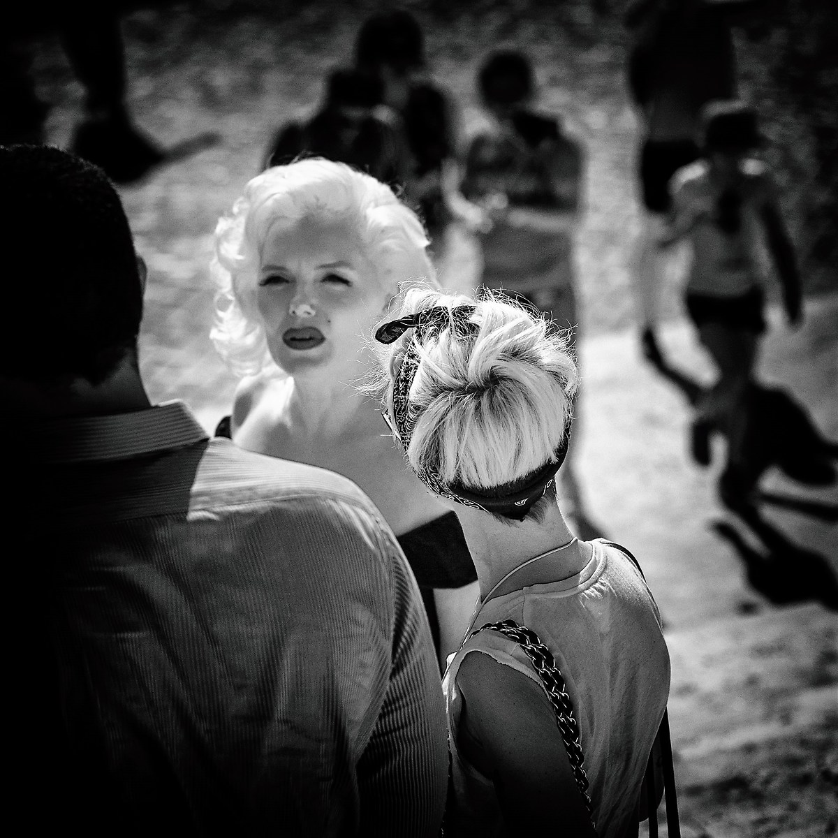 And in the crowd I see your face Marilyn ......