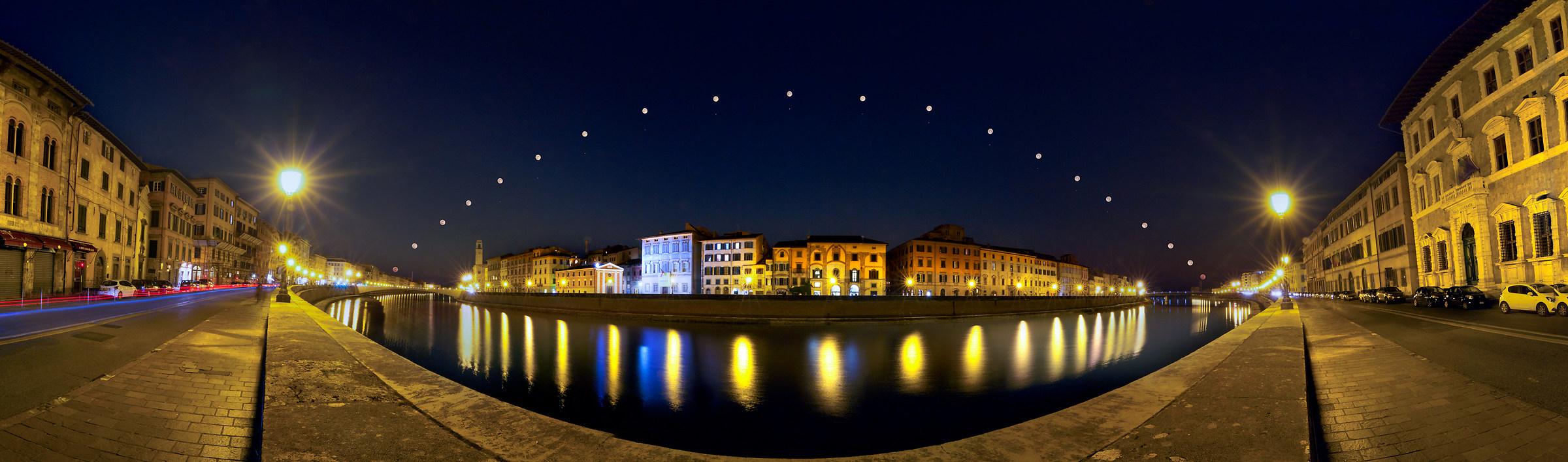 Luna e Saturno sull'Arno....