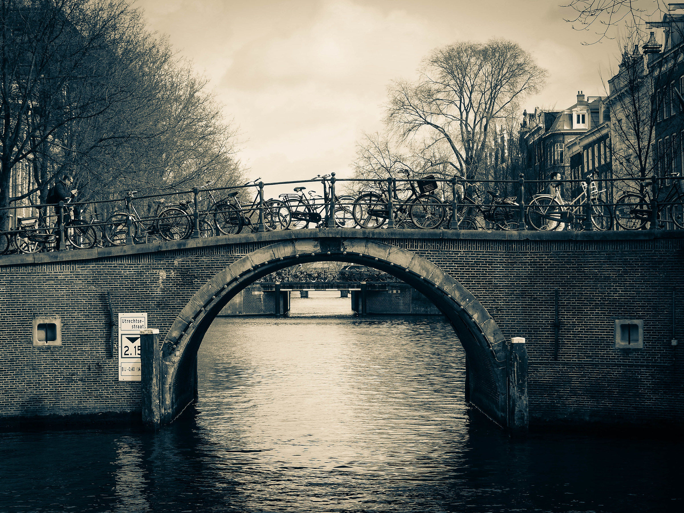 Between bridges and bicycles...