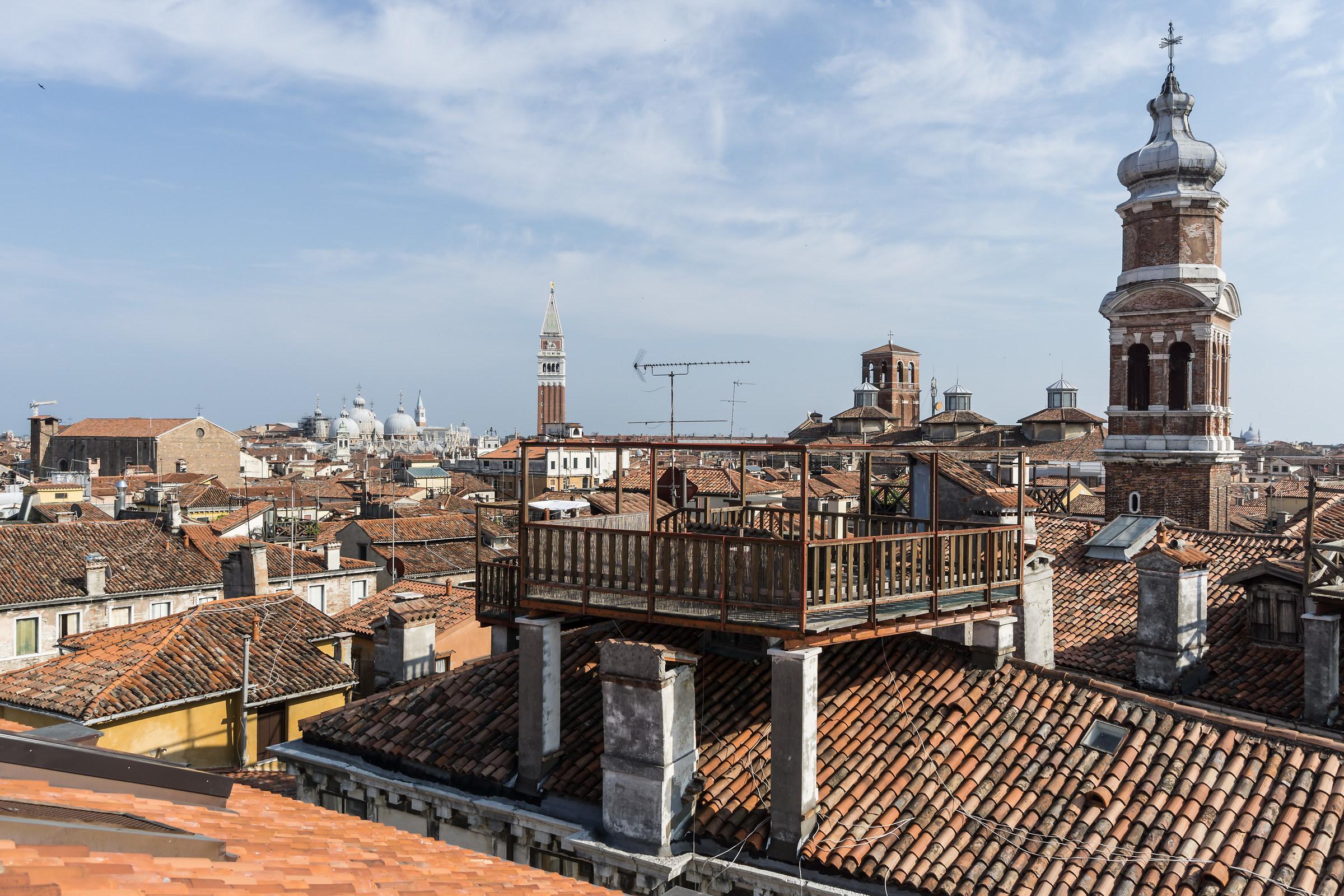 Panorama dalla terrazza del Fondaco dei Tedeschi - 3...