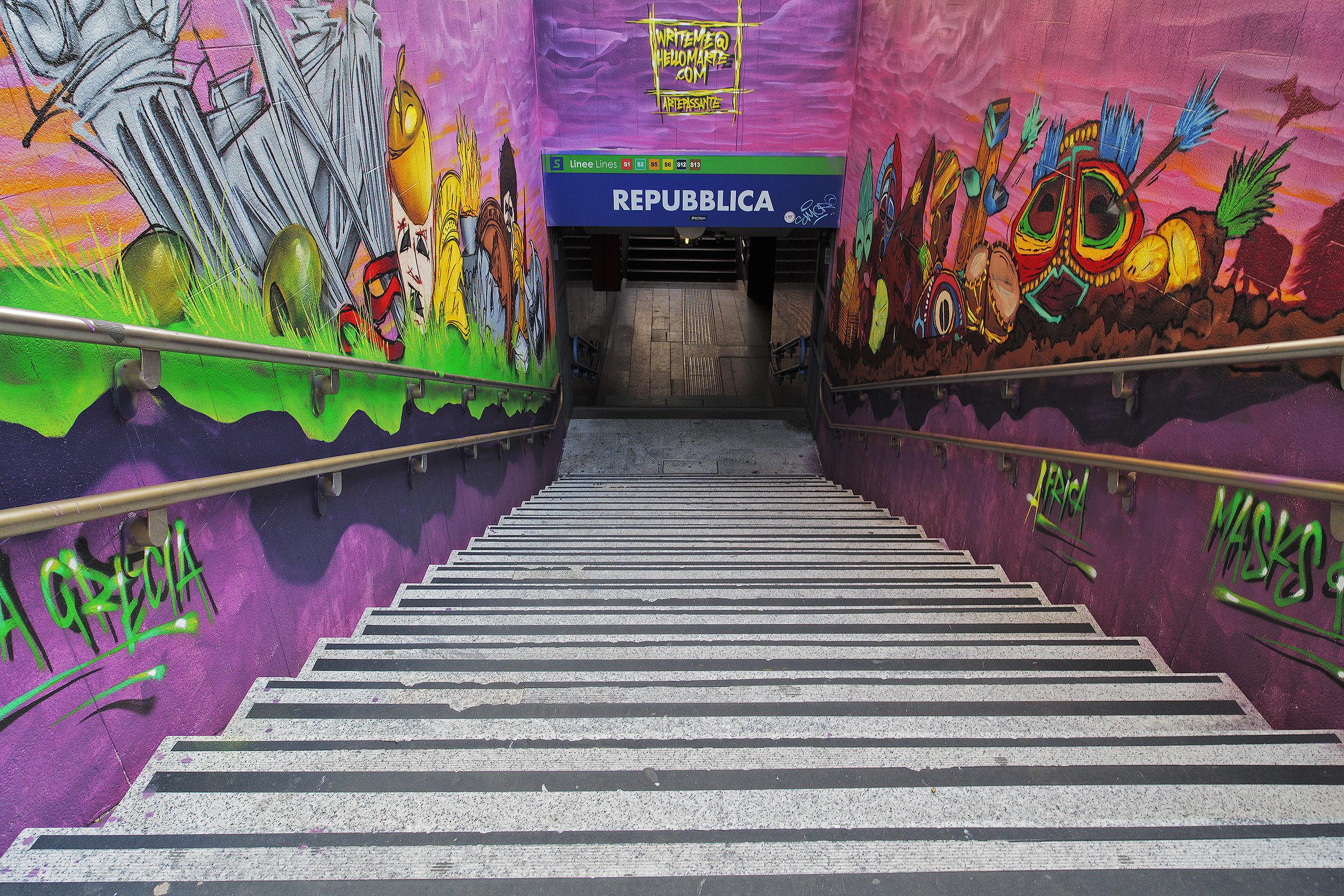 A color entrance...