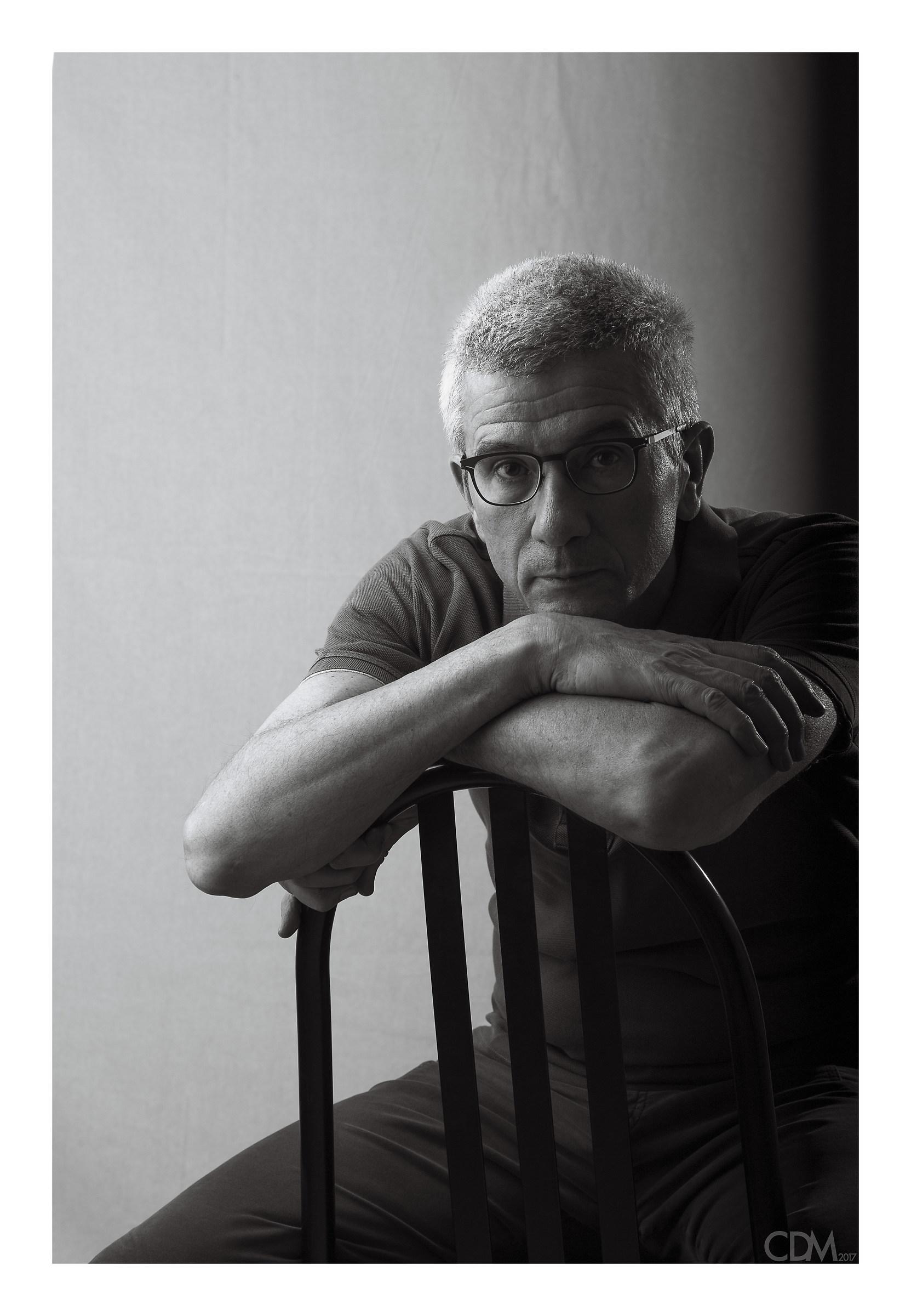 Self-portrait on Mallet-Stevens...