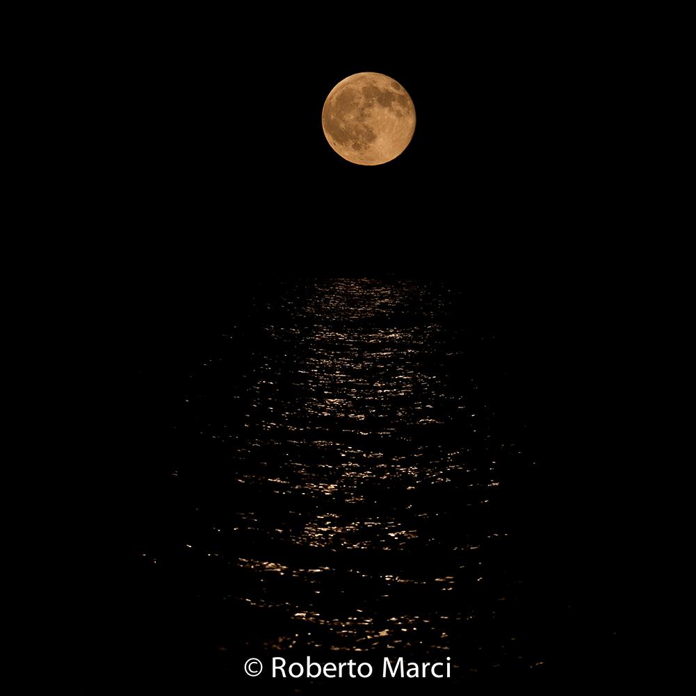 Moon Full on the Sea...