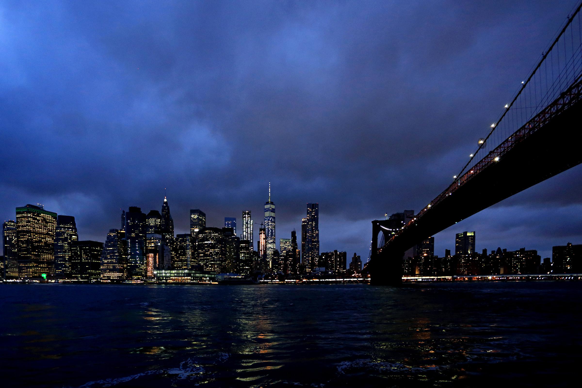 Skyline and bridge...