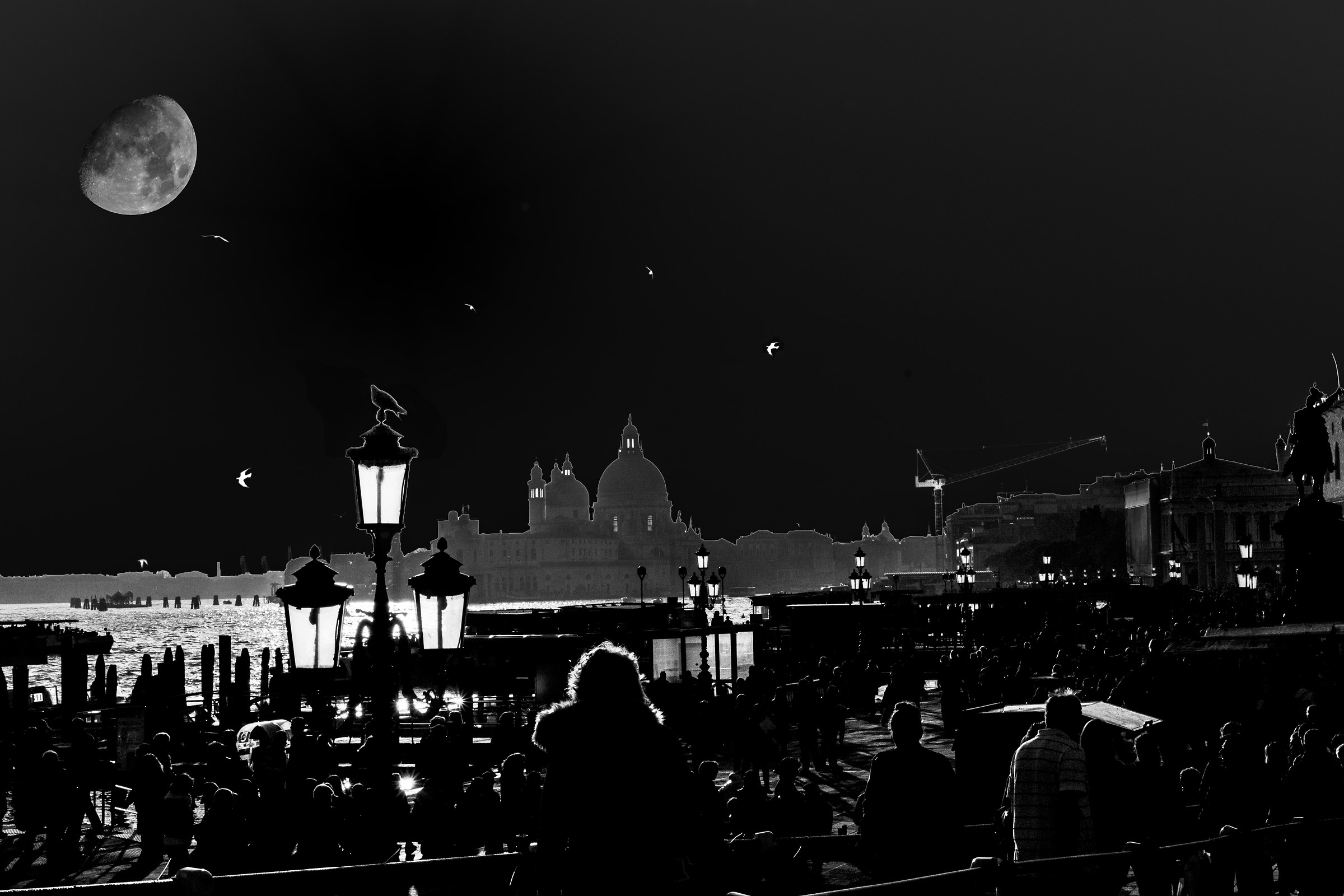 Venice mooned by the Moon...