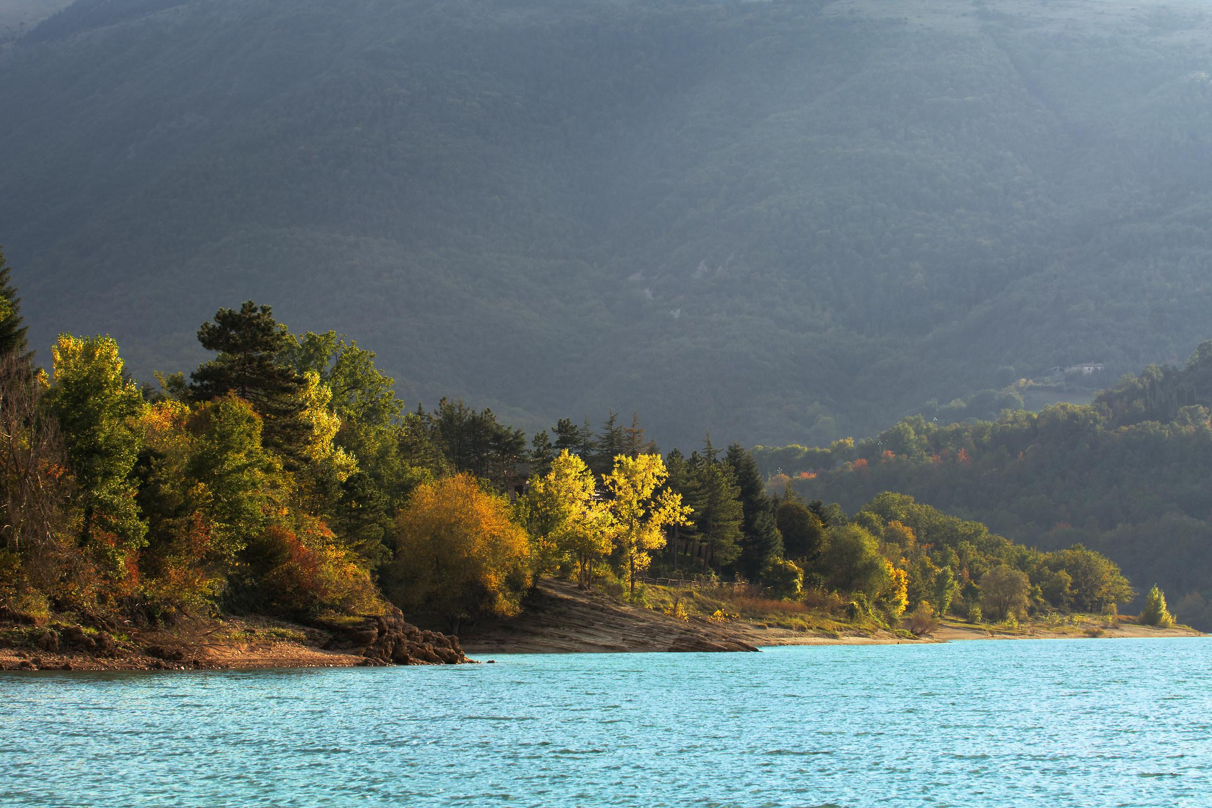 The magic of the lake...