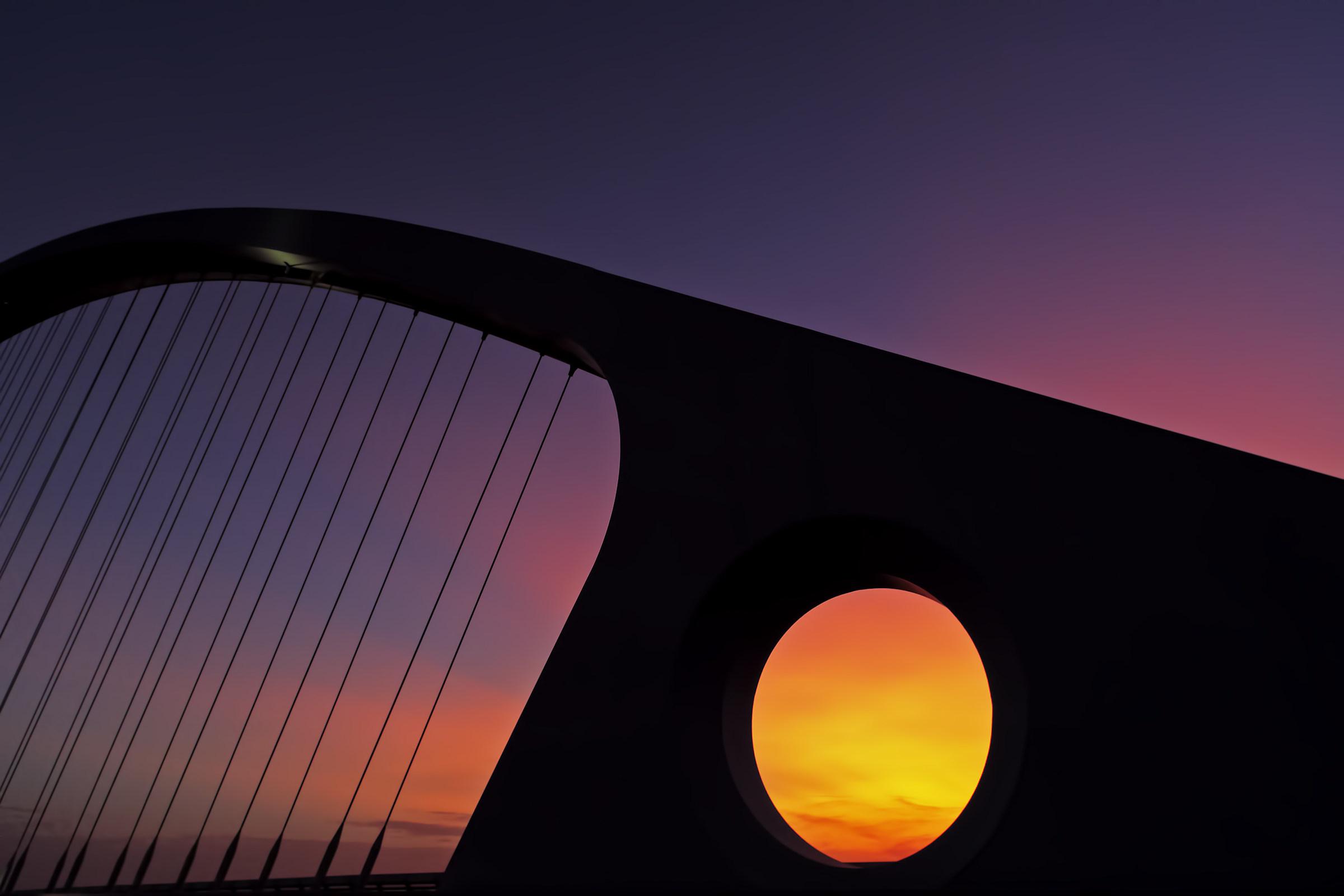 Sunset on Calatrava bridge...