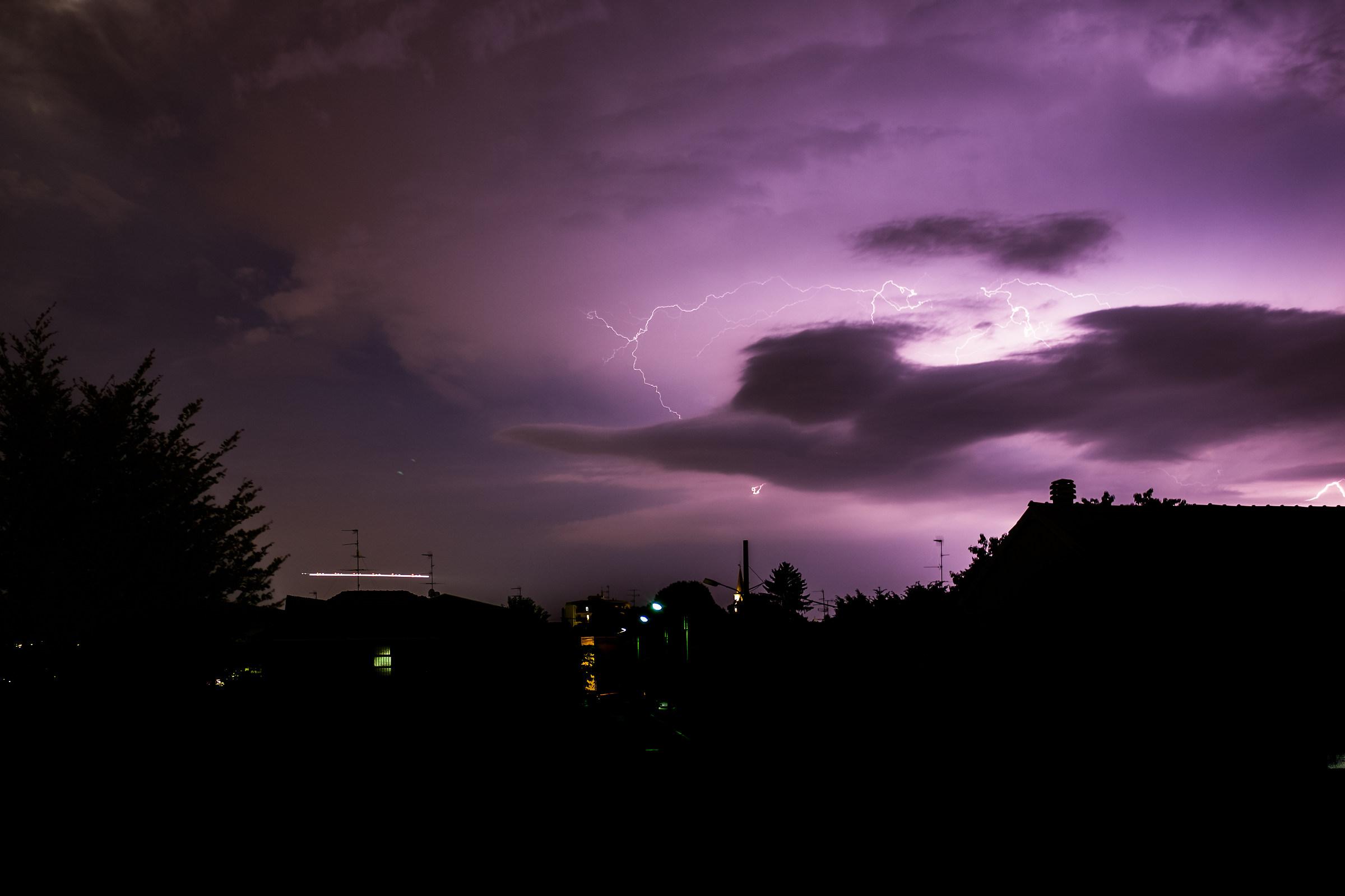 Lightning and Aircraft in Malpensa...