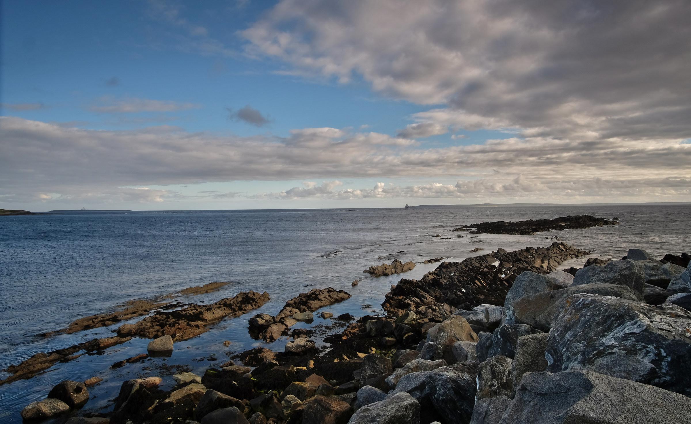 Strati di roccia nel mare...