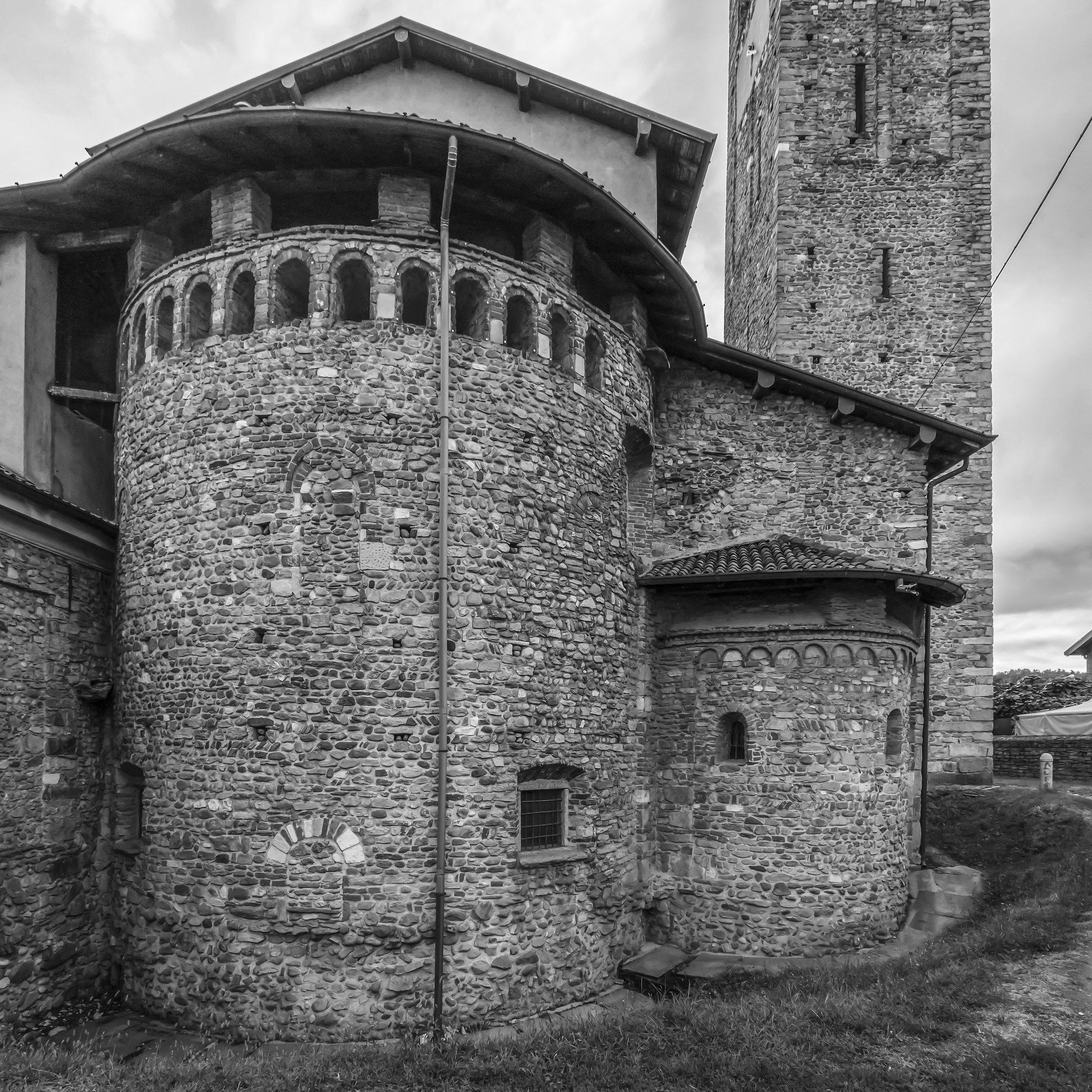 Sesto Calende - Chiesa di San Donato - Absidi...