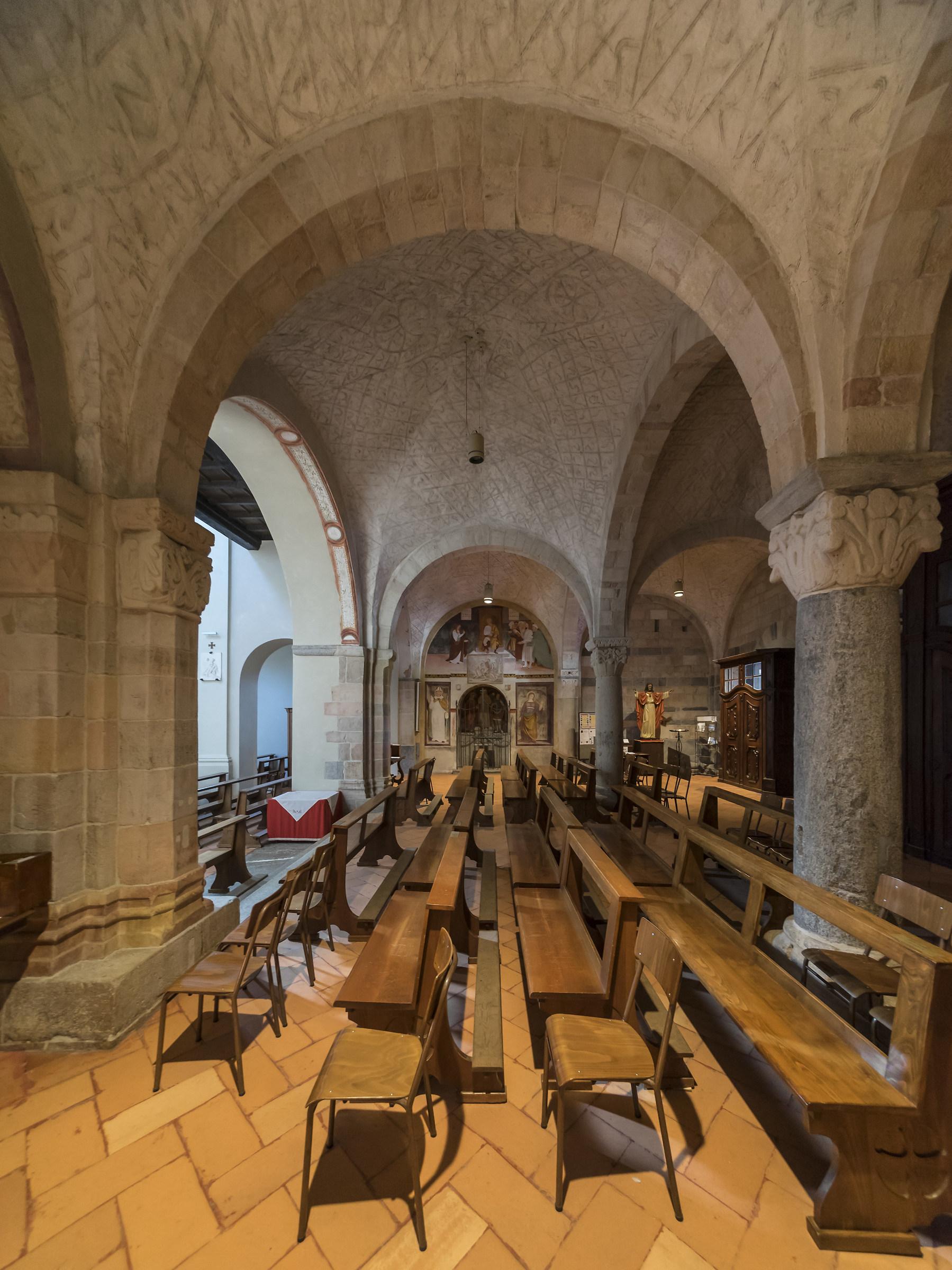 Sesto Calende - Chiesa di San Donato - Nartece - 2...