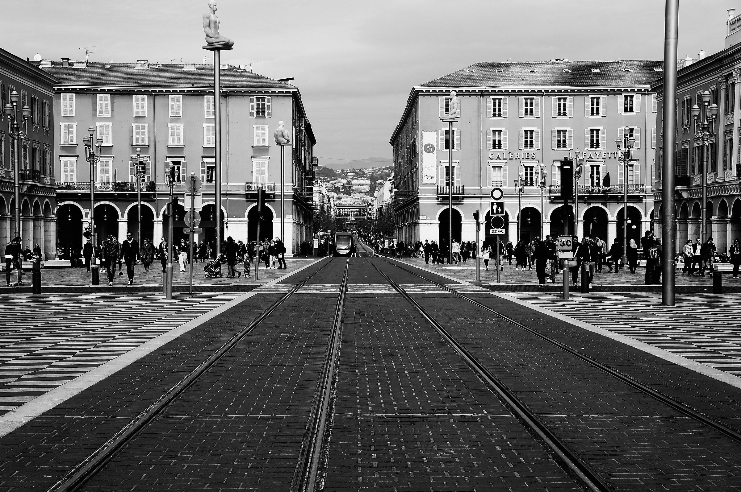 Nizza - piazza Massena...