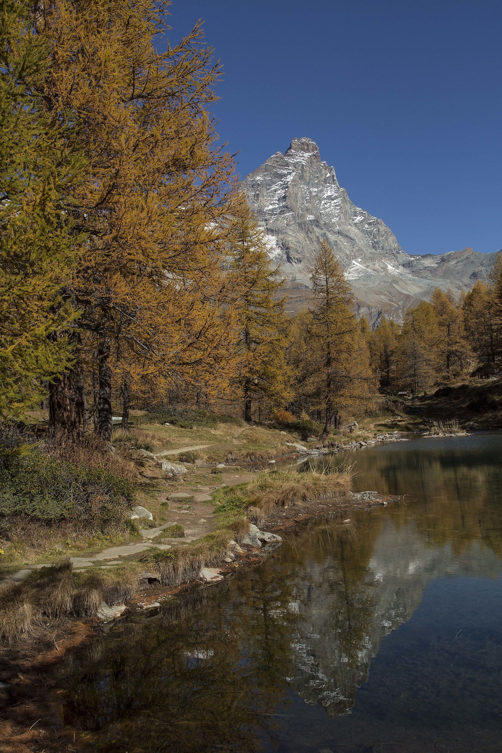 Autumn at Blue Lake...