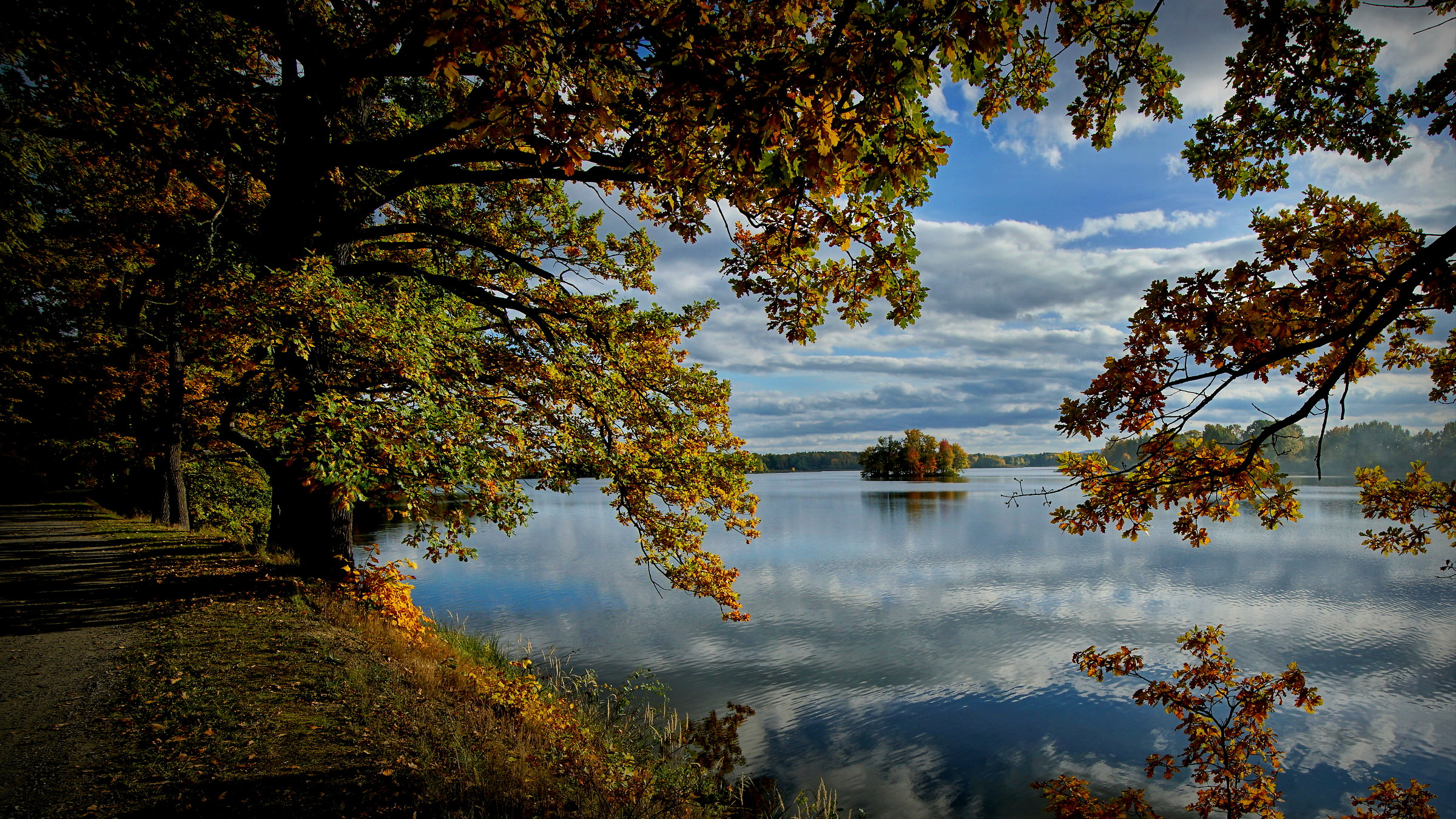 Autumn lake...