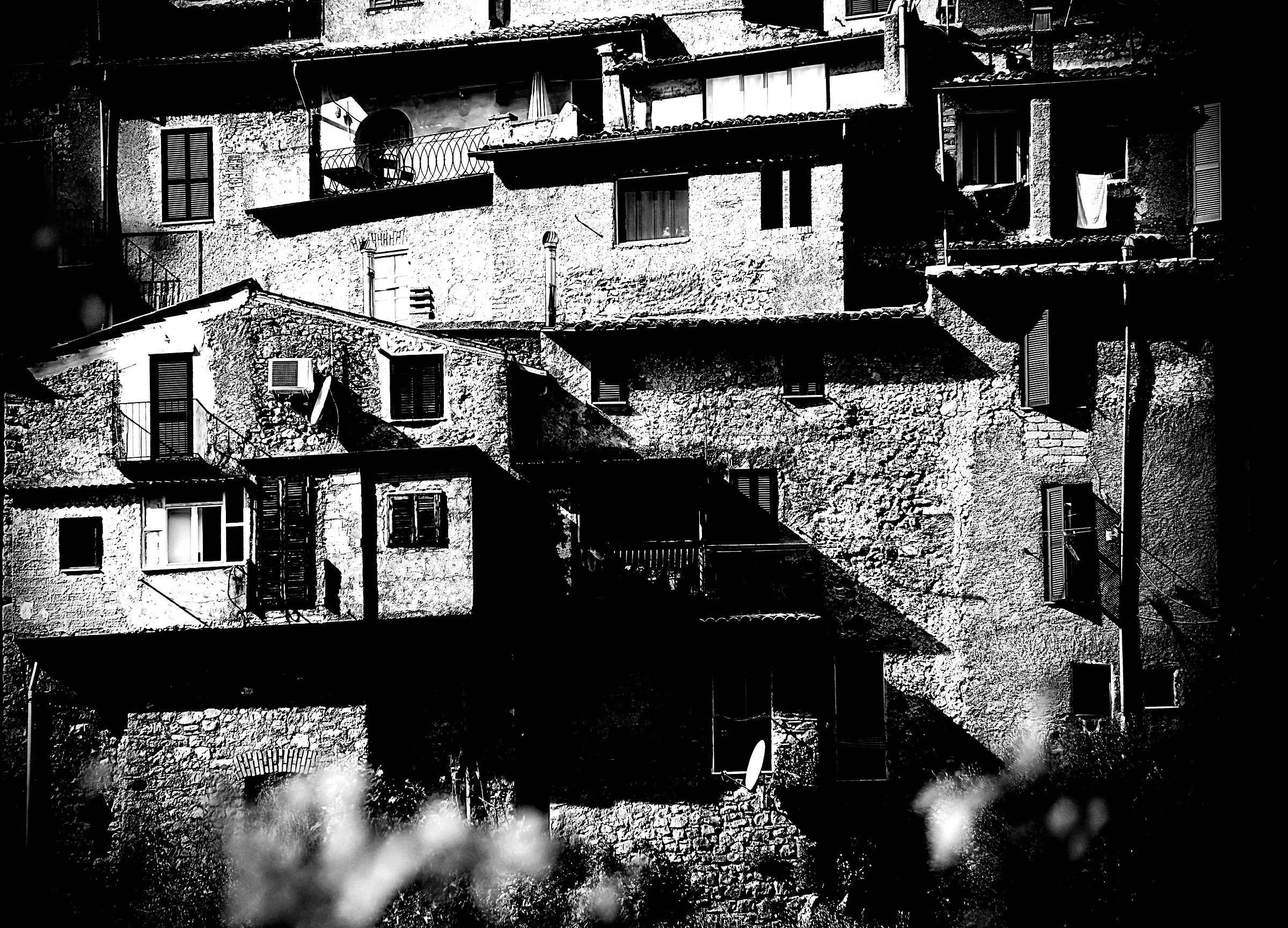 Arsoli: detail of the old town...