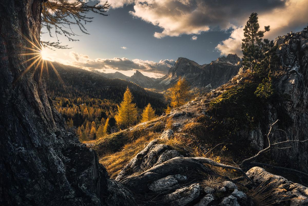 Dolomites Frame...